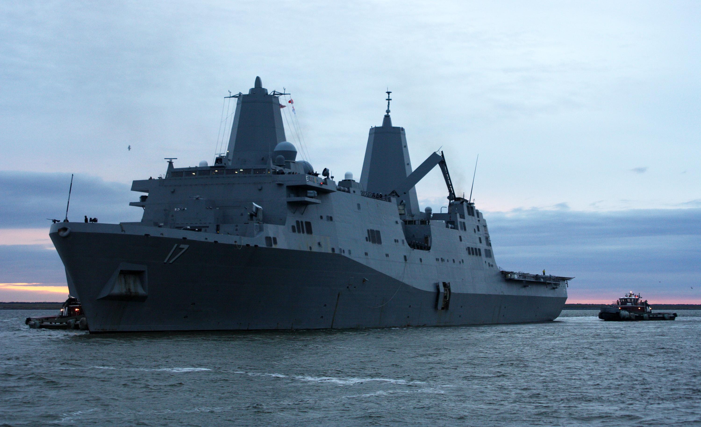USS SAN ANTONIO LPD-17, Auslaufen Norfolk am 31.10.2012Bild: U.S. Navy
