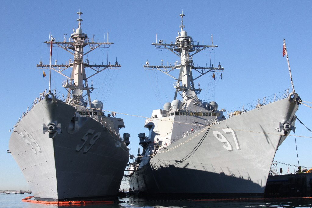 USS RUSSELL und USS HALSEY in San DiegoBild: USS RUSSELL Facebook Seite