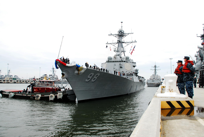 USS FORREST SHERMAN DDG-98 Einlaufen Norfolk am 26.02.2013Bild: U.S. Navy