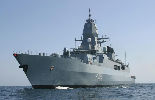 Fregatte HAMBURG F-220Bild: Bundeswehr