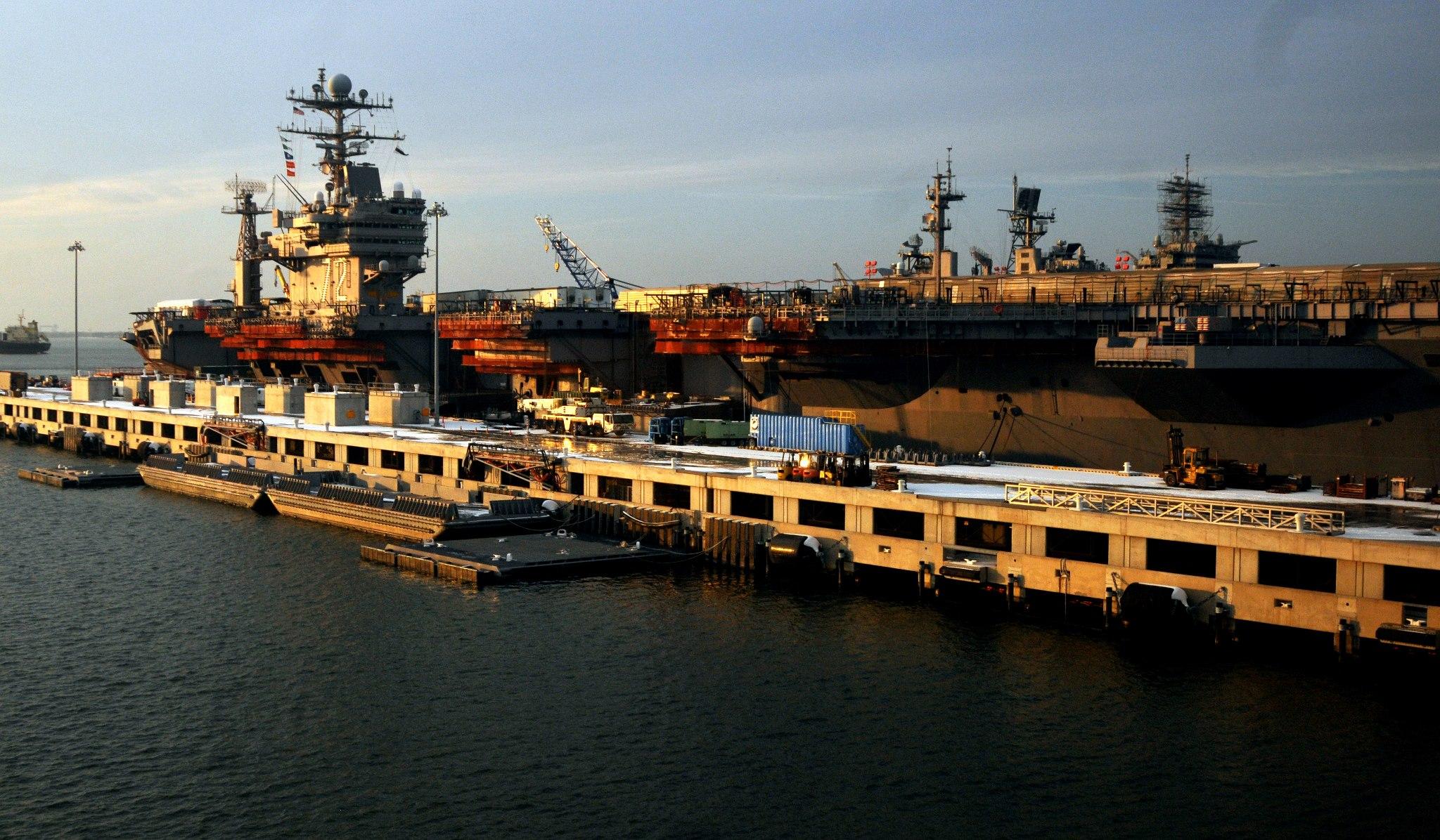 Bild: USS ABRAHAM LINCOLN Facebook page