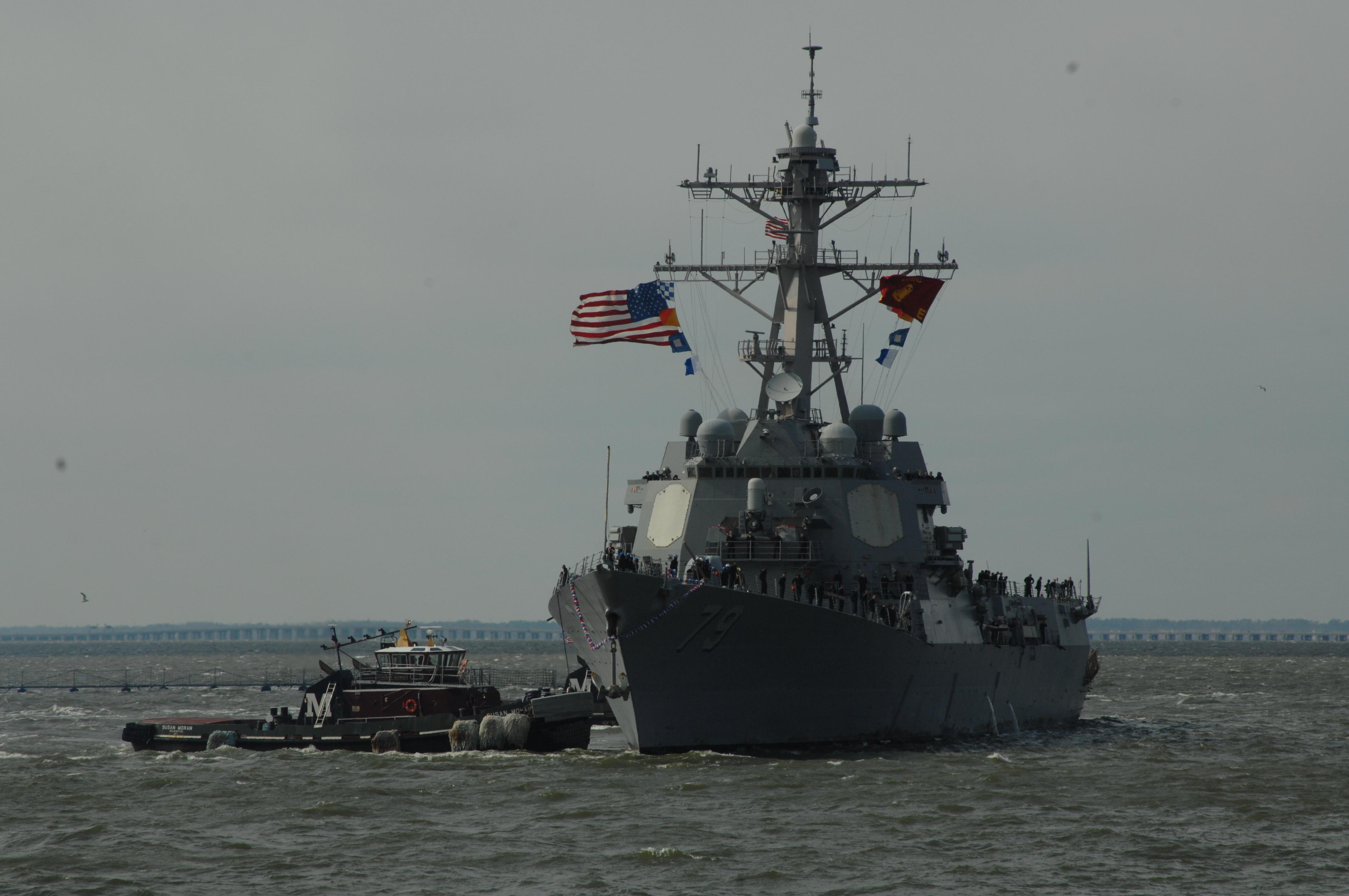 USS OSCAR AUSTIN DDG-79 Einlaufen Norfolk, 17.02.2013