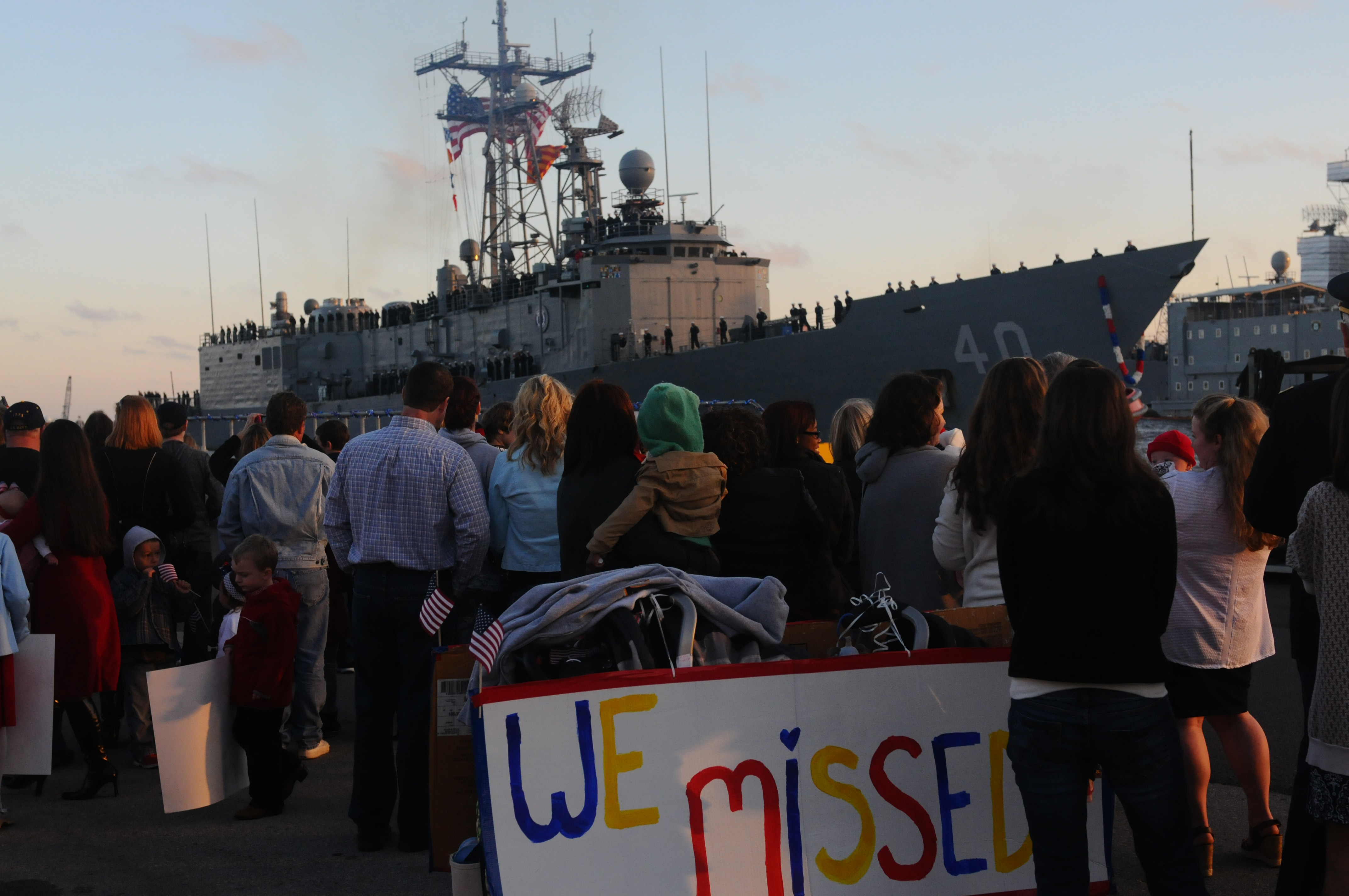 USS HALYBURTON FFG-40 am 09.02.2013 in Mayport, FLBild: U.S. Navy