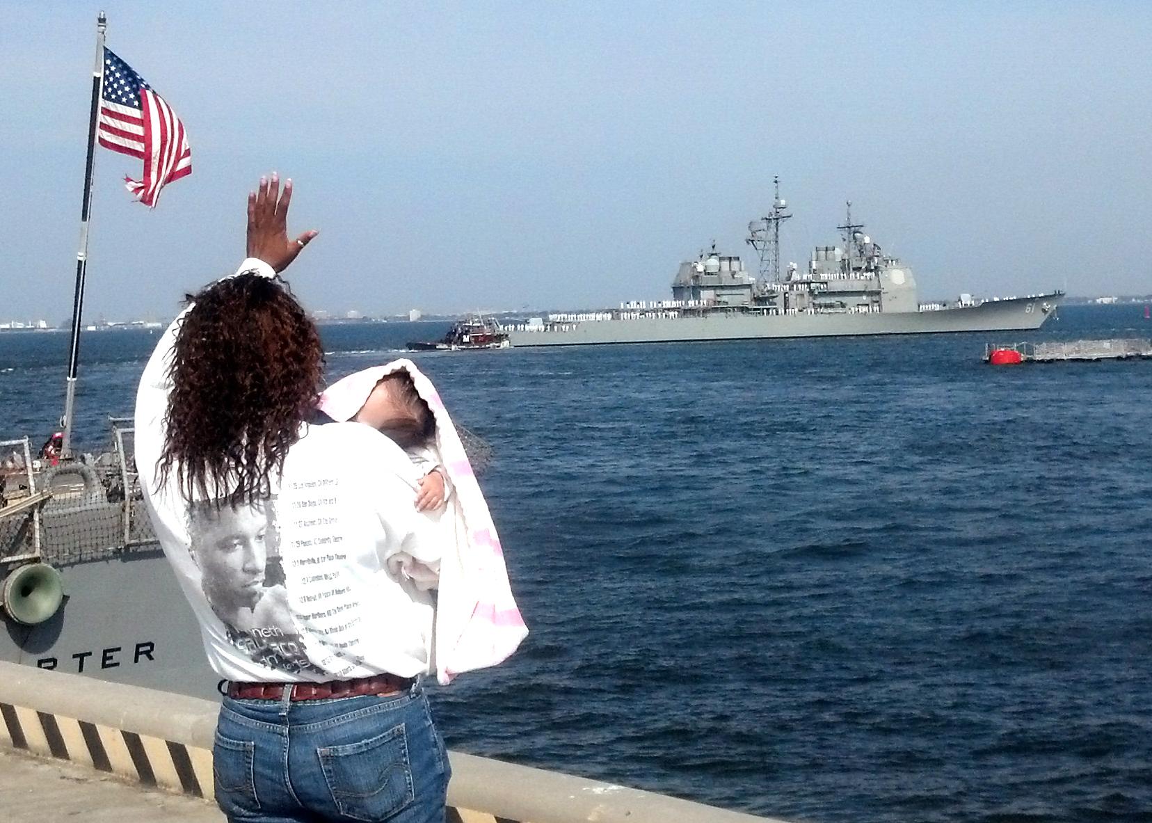 USS MONTEREY CG-61 Auslaufen Norfolk 08.04.2013Bild: U.S. Navy