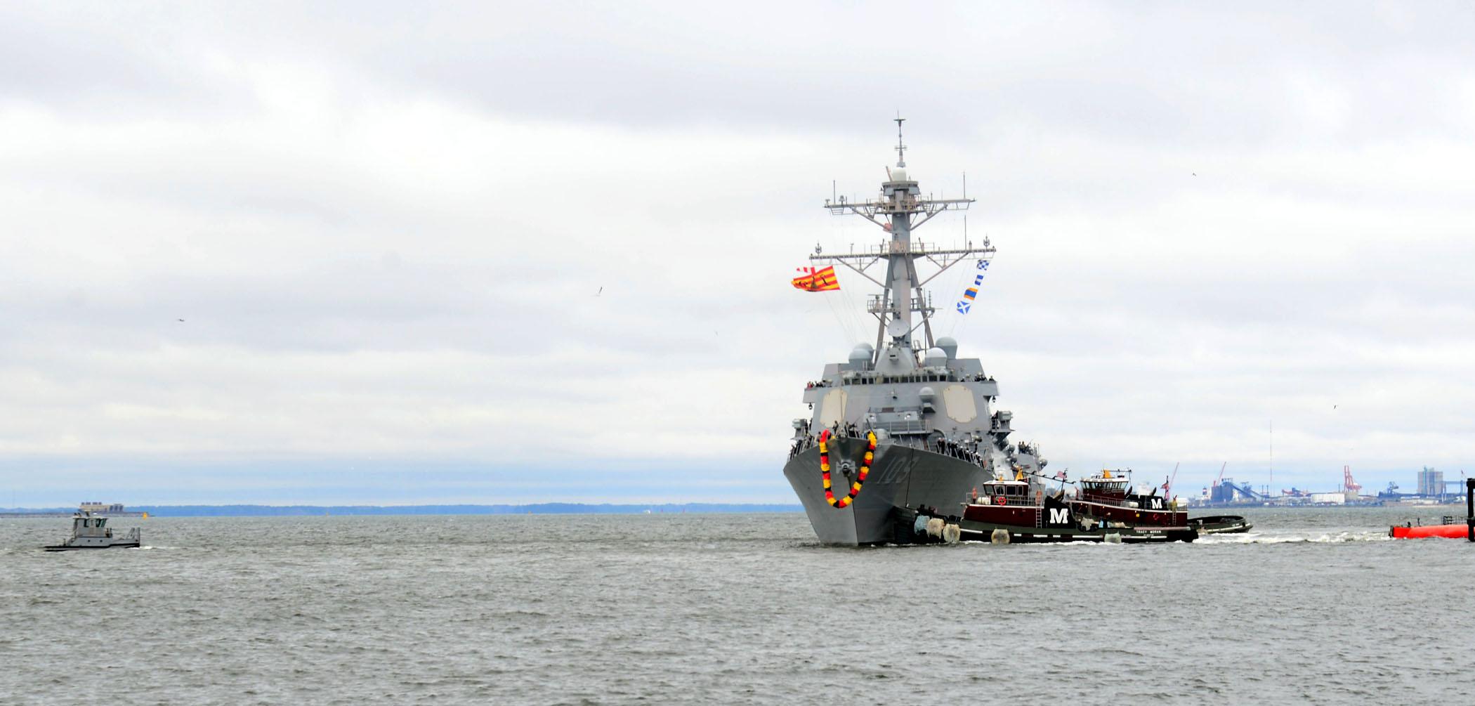 USS JASON DUNHAM DDG-109 Einlaufen Norfolk 05.04.2013Bild: U.S. Navy