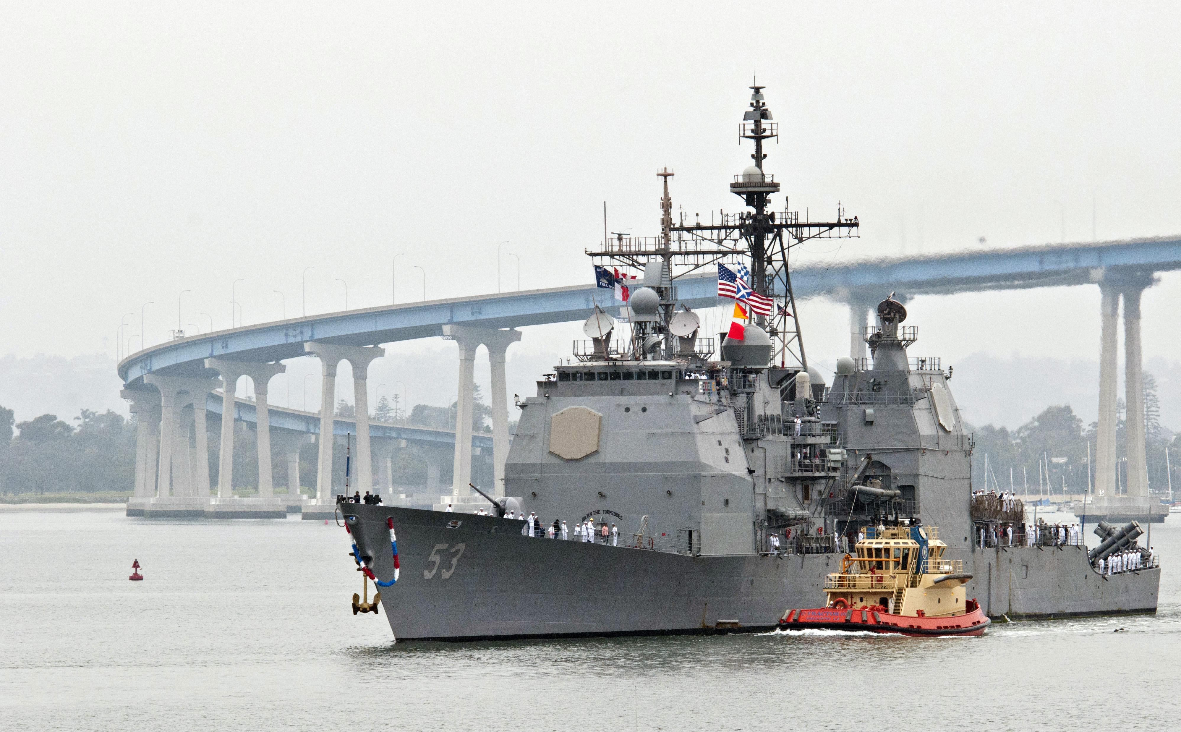 USS MOBILE BAY CG-53 San Diego 29.04.2013Bild: U.S. Navy