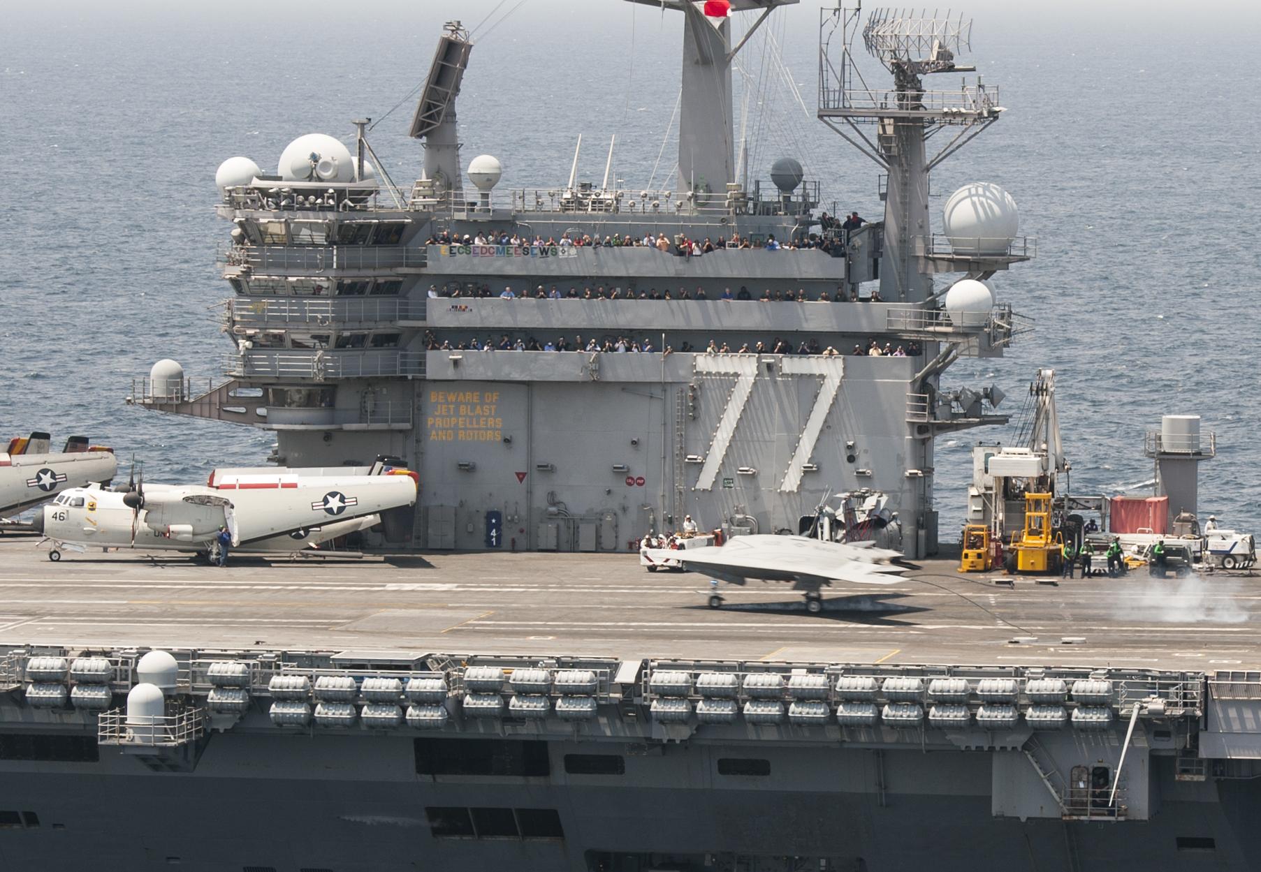 USS GEORGE H.W. BUSH CVN-77 Landung Kampfdrohne am 10.07.2013Bild: U.S. Navy
