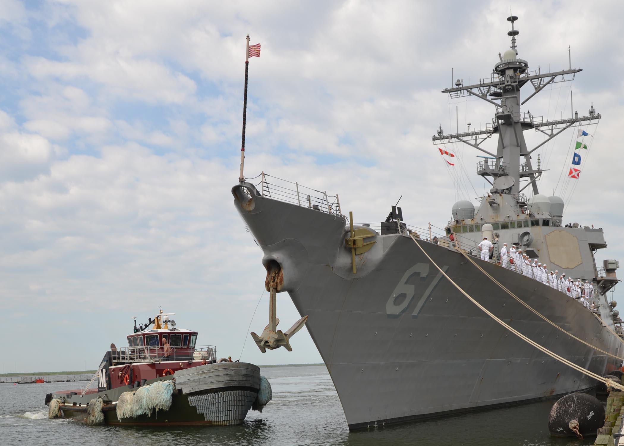 USS RAMAGE DDG-61 Auslaufen Norfolk 07-08-2013Bild: U.S. Navy