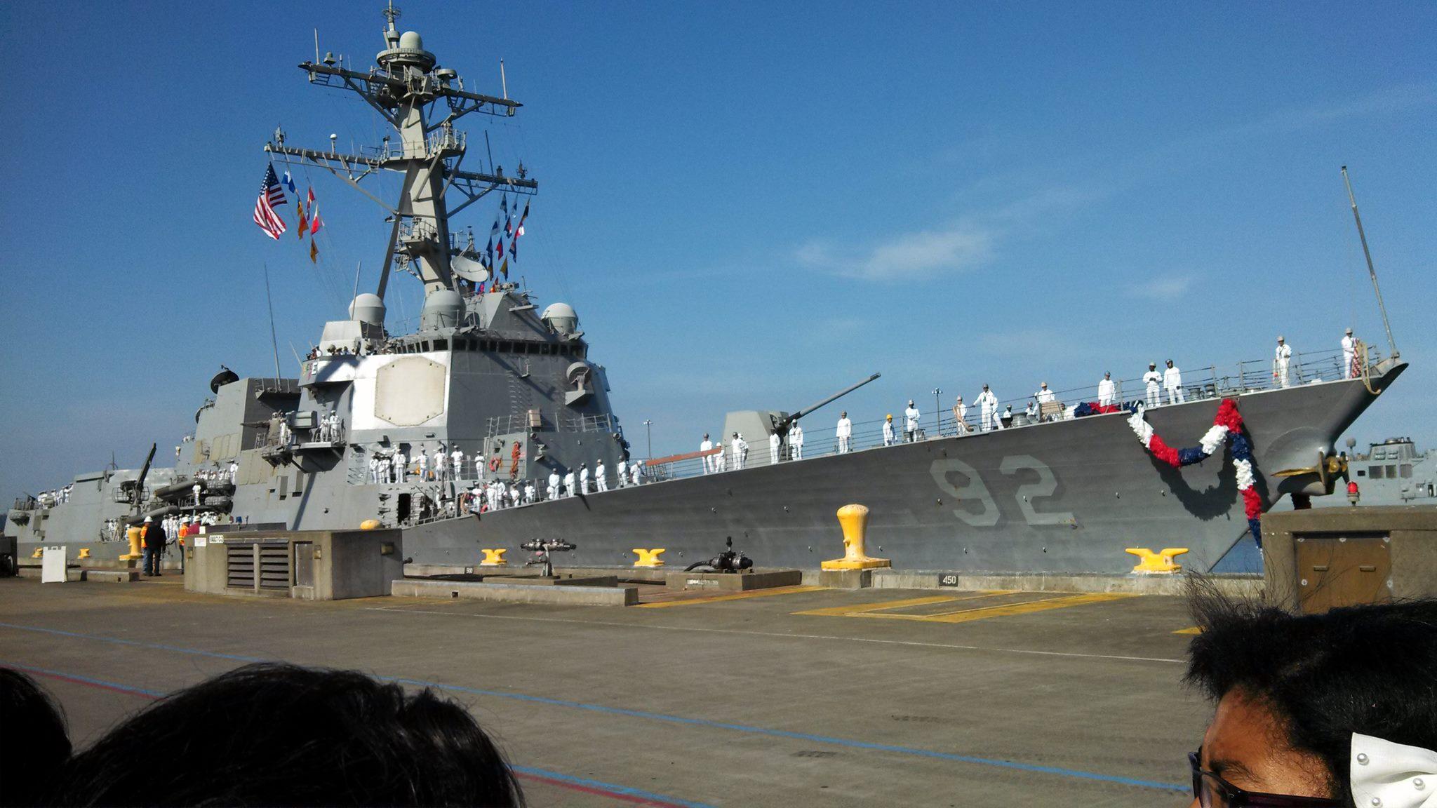 USS MOMSEN DDG-92 Einlaufen Everett, WA 22.08.2013Bild: U.S. Navy