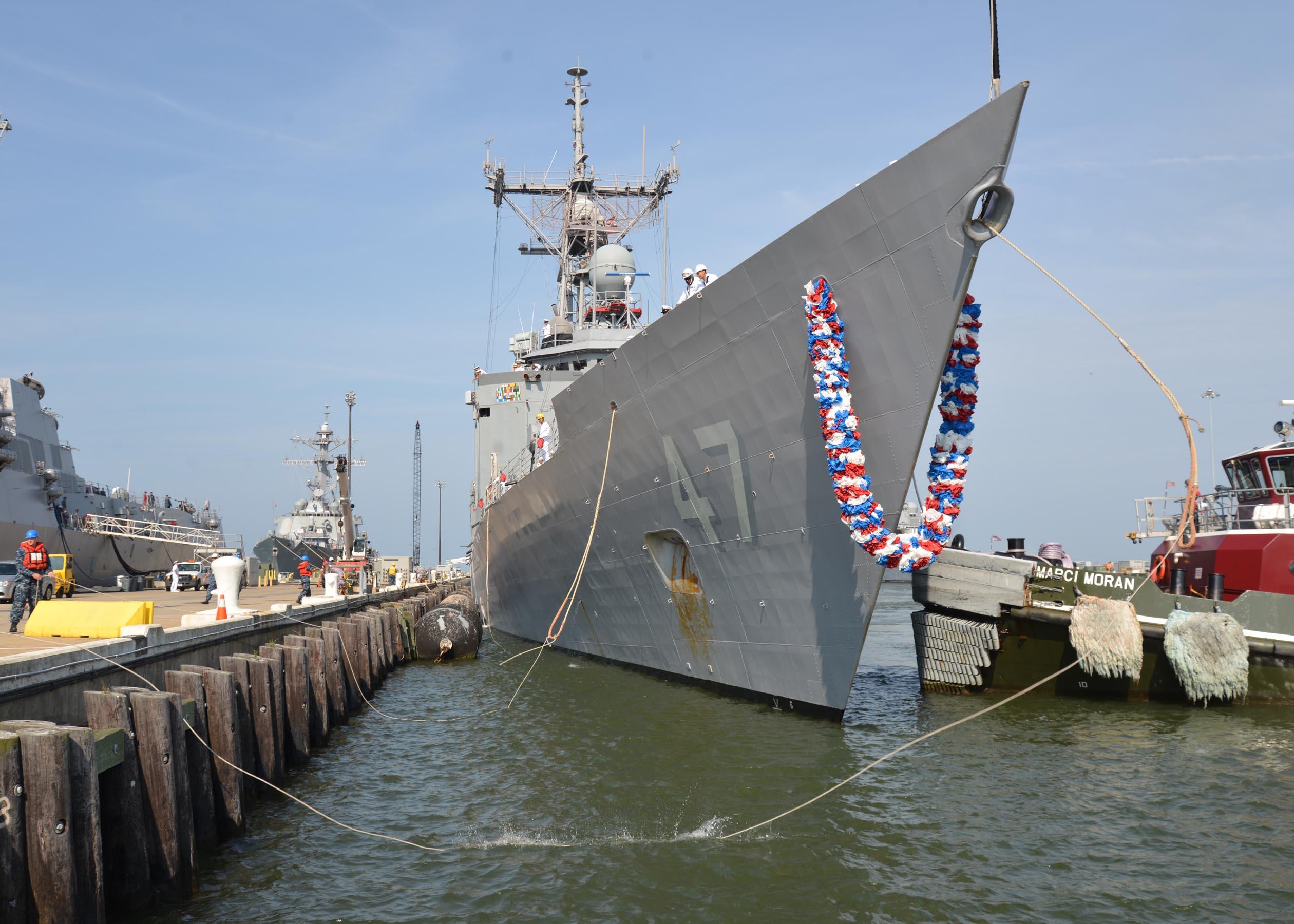 USS NICHOLAS FFG-47 Ankunft Norfolk am 09.08.2013Bild: U.S. Navy