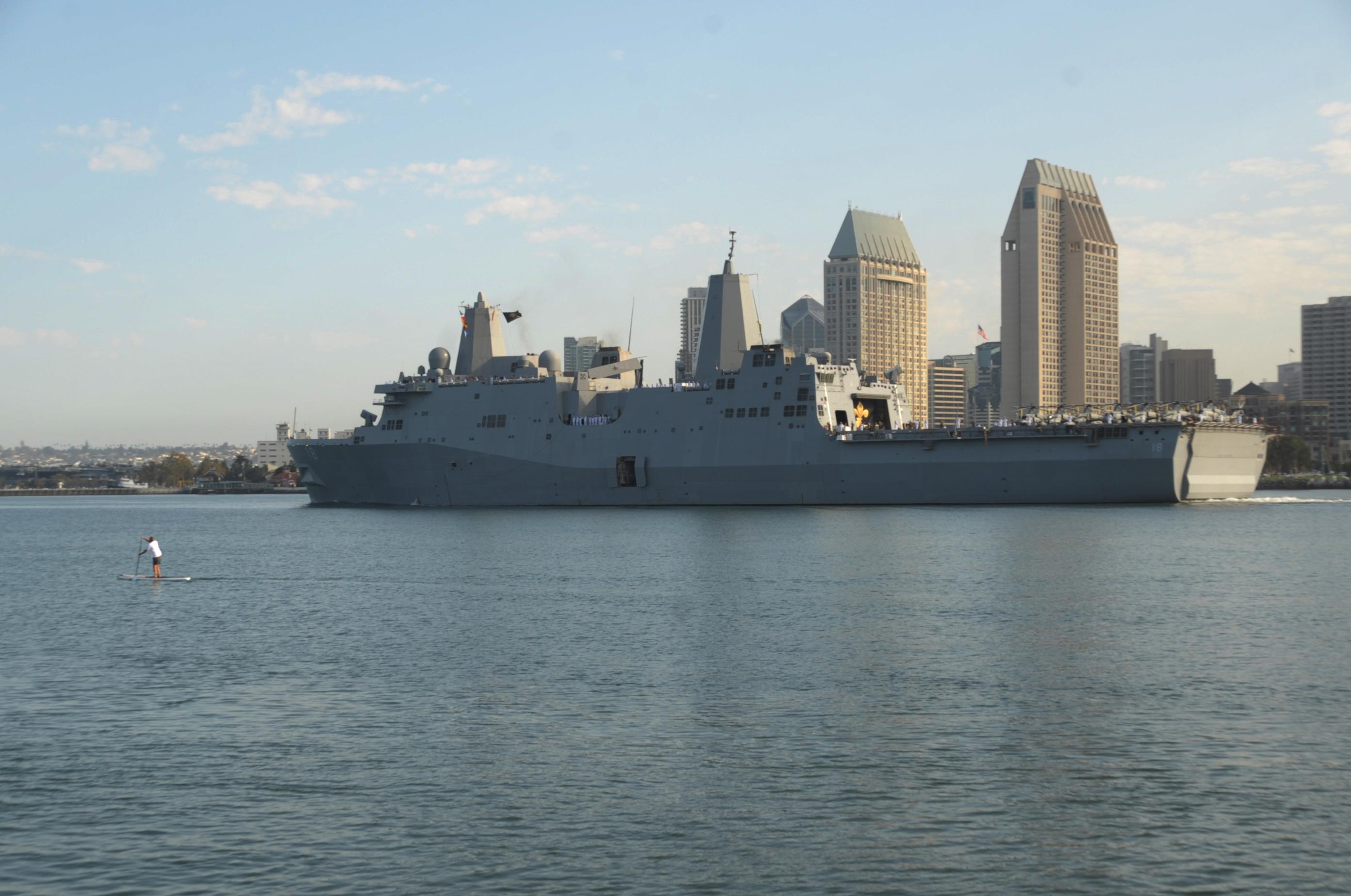 USS NEW ORLEANS LPD-18 Auslaufen San Diego 23.08.2013Bild: U.S. Navy