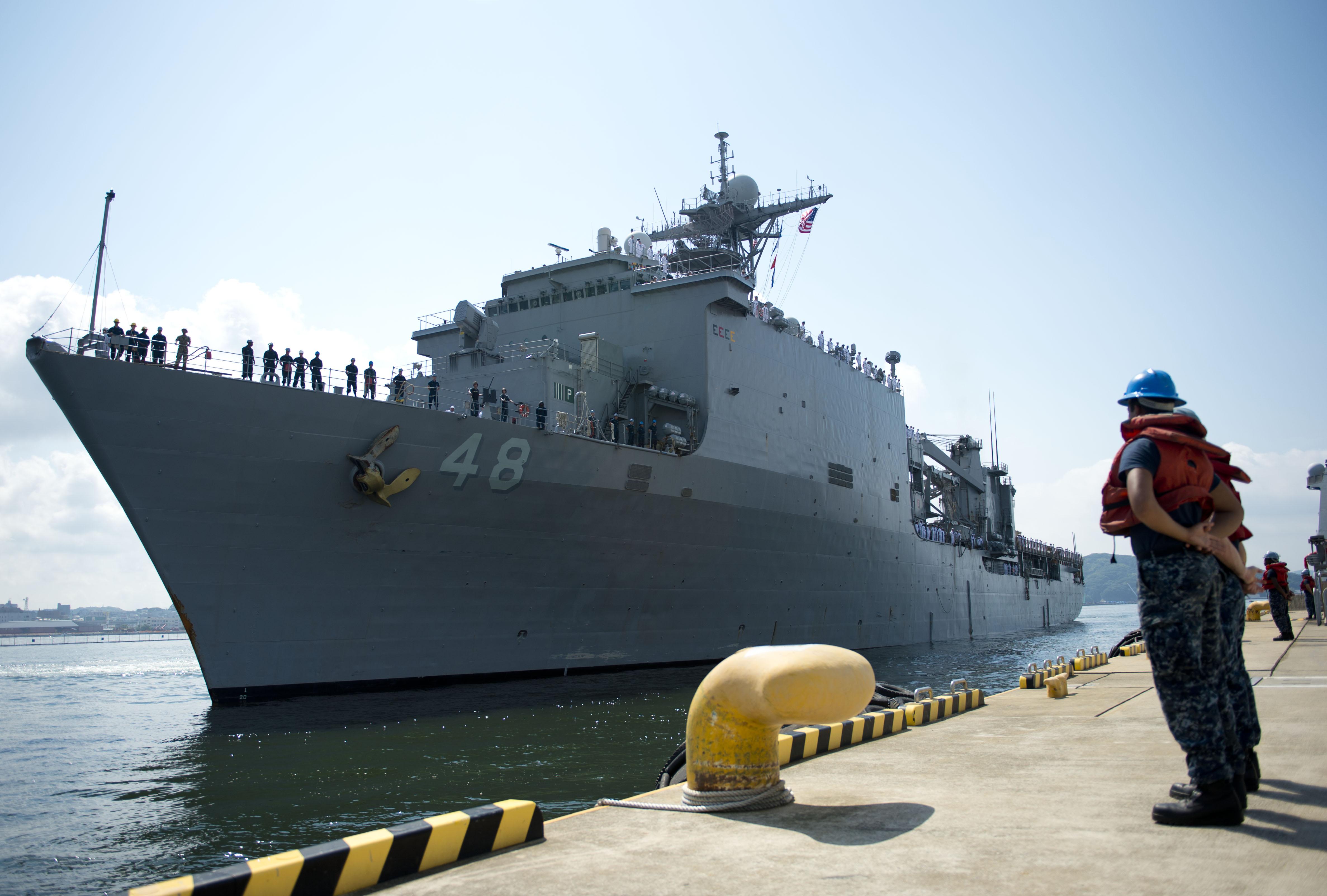 USS ASHLAND LSD-48 Ankunft Sasebo, Japan 06.08.2013Bild: U.S. Navy