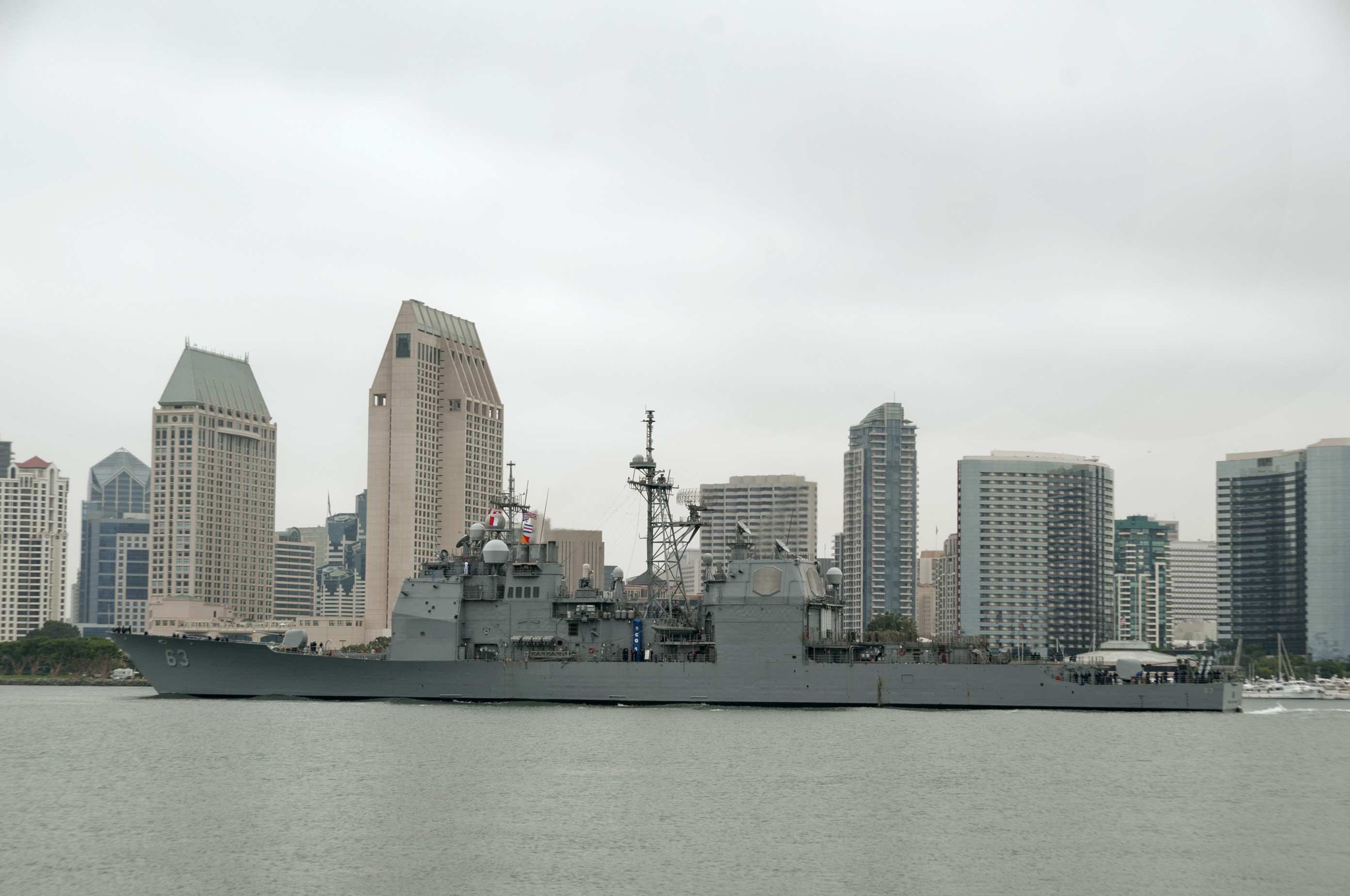 USS COWPENS CG-63 Auslaufen San Diego 17.09.2013Bild: U.S. Navy