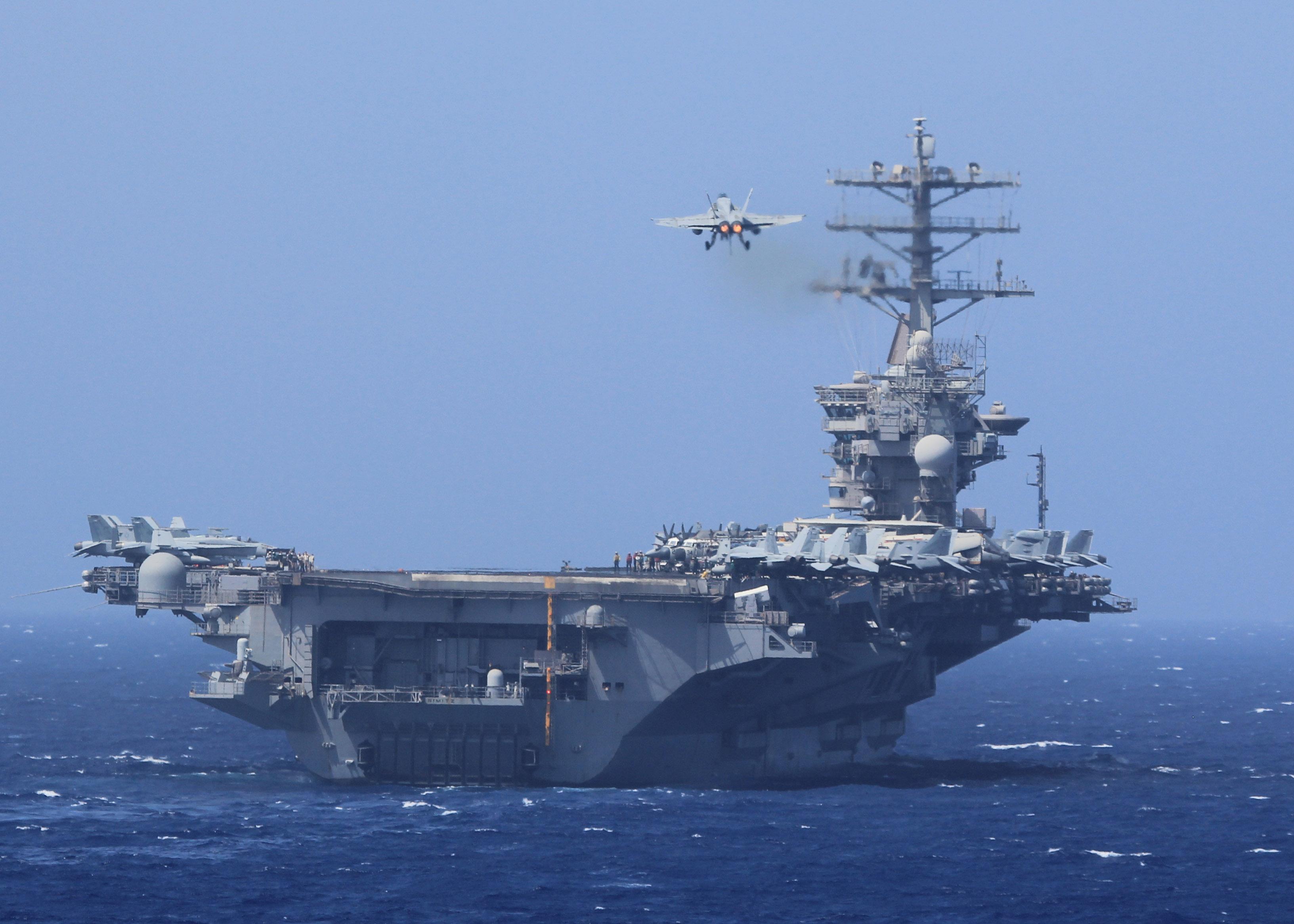 USS NIMITZ CVN-68 am 05.10.2013 im Roten MeerBild: U.S. Navy