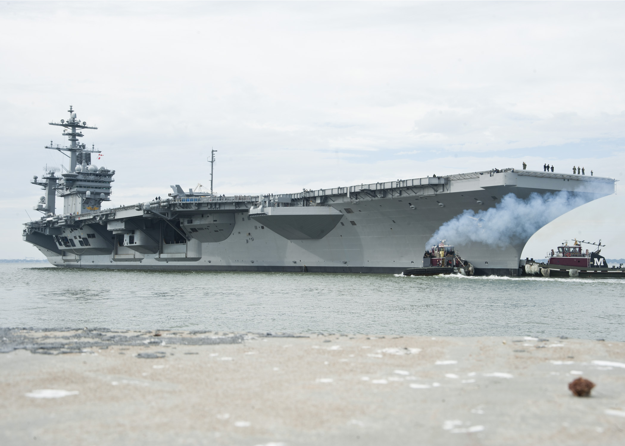 USS THEODORE ROOSEVELT CVN-71 22.10.2013Bild: U.S. Navy