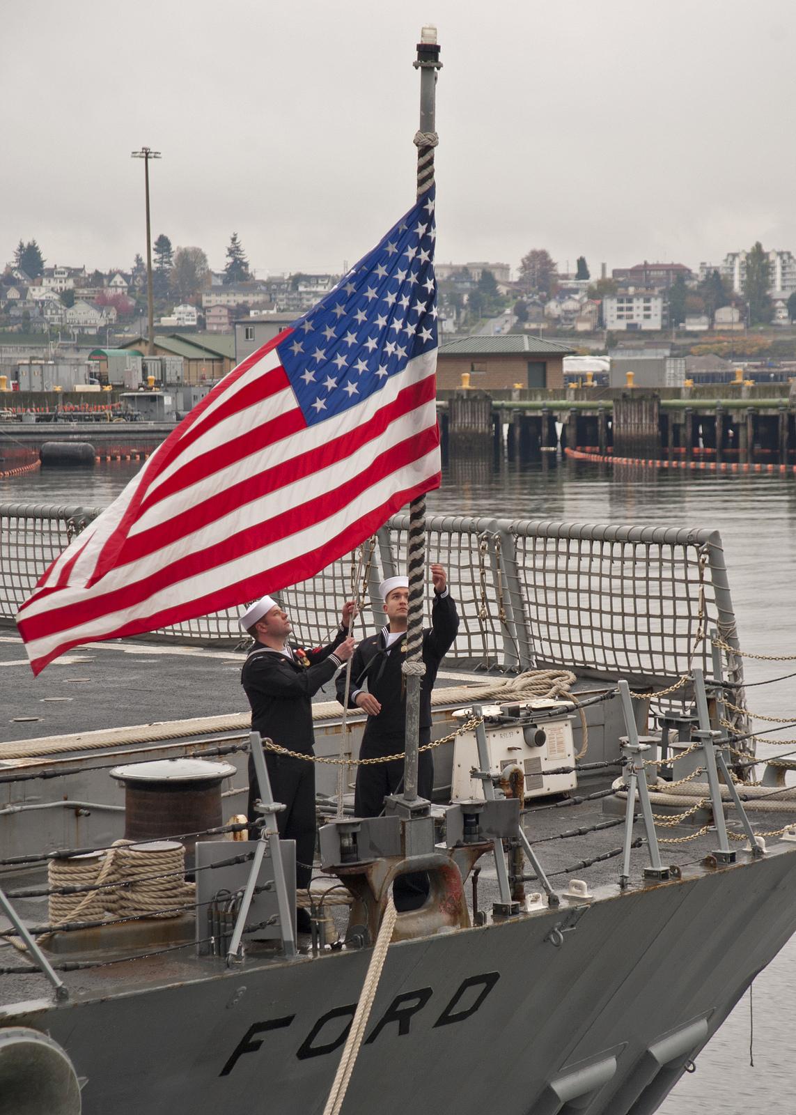 USS FORD FFG-54 Außerdienststellung 31.10.2013Bild: U.S. Navy