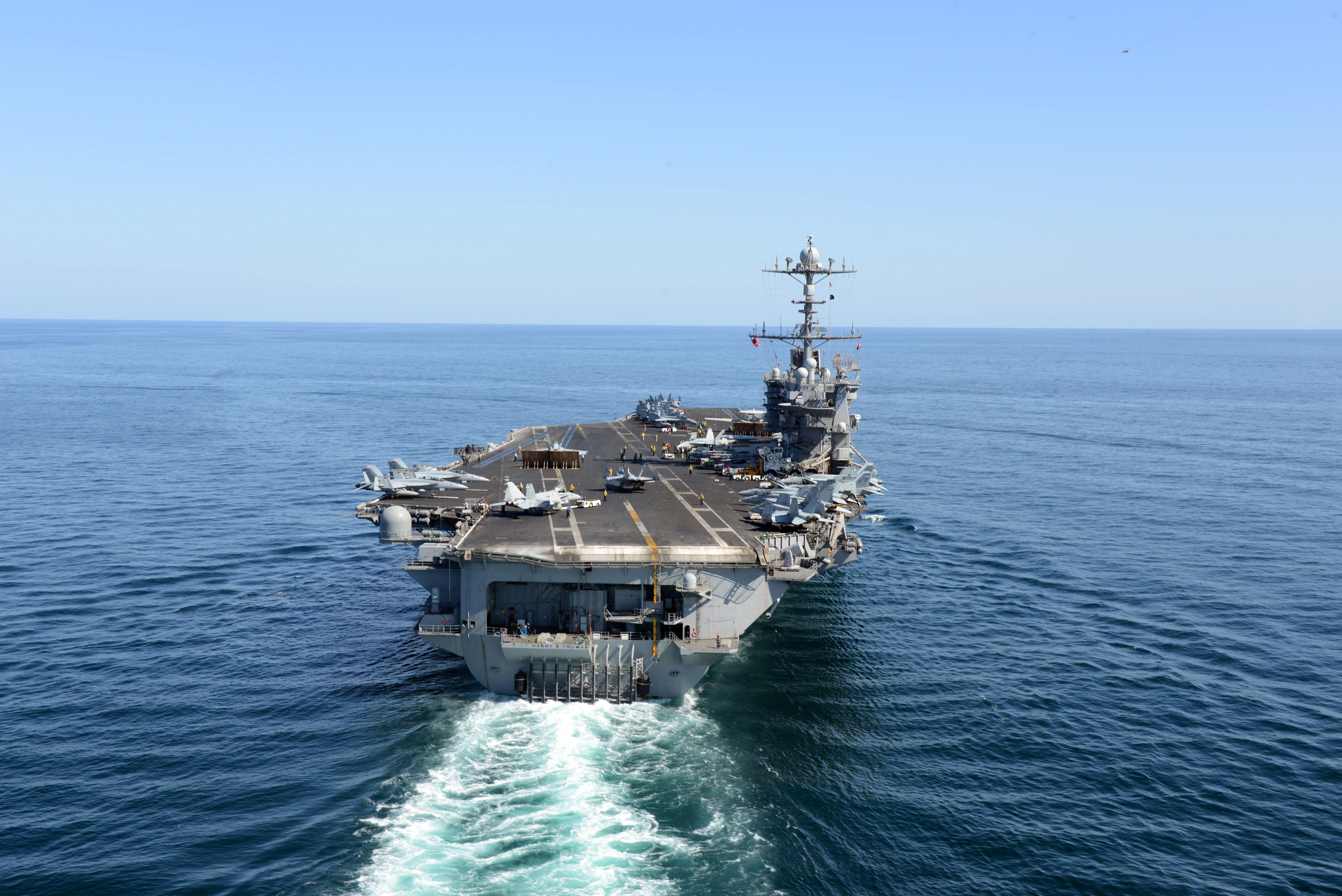 USS HARRY S. TRUMAN CVN-75 am 11.11.2013 im Arabischen Meer Bild: U.S. Navy