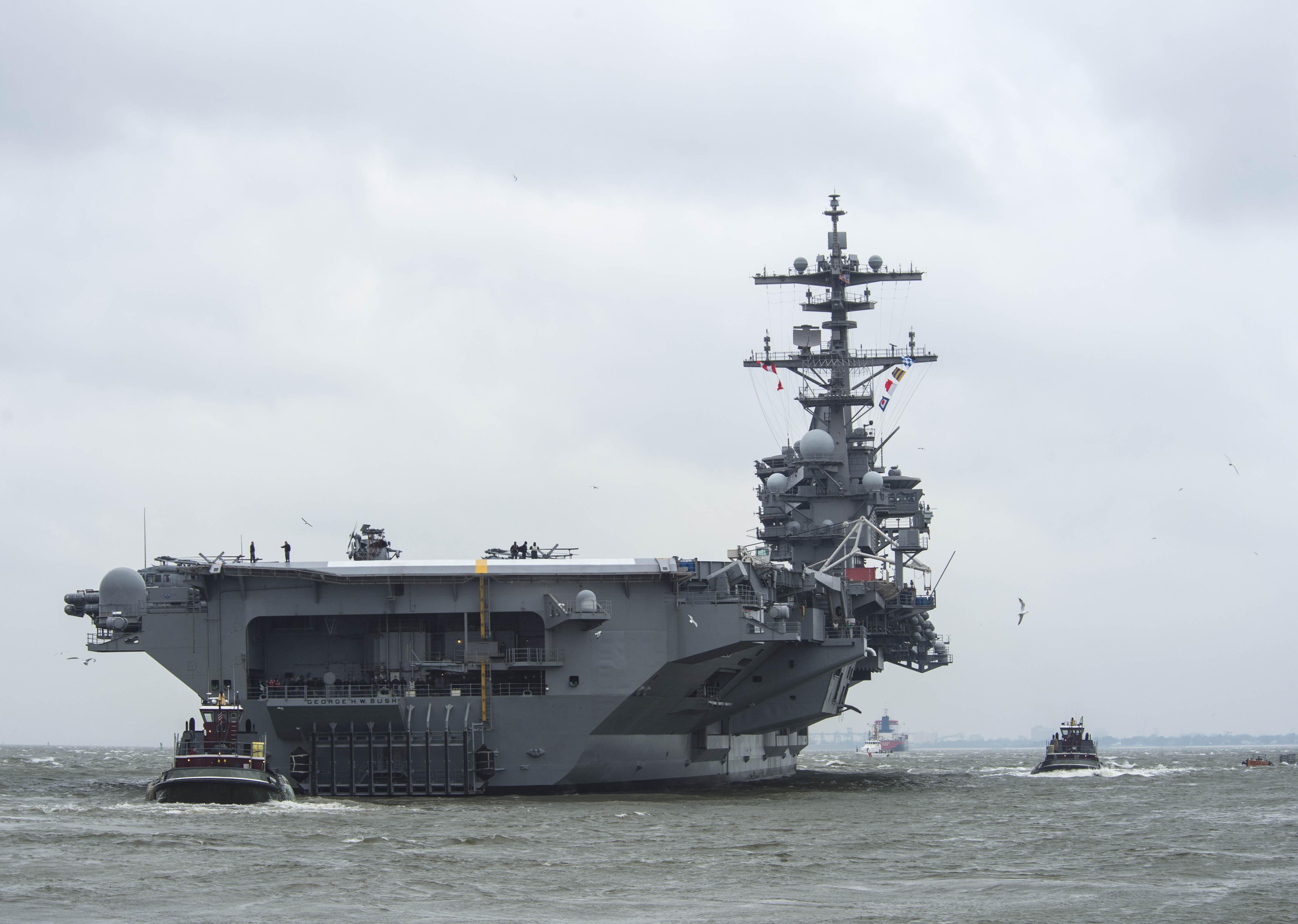 USS GEORGE H.W. BUSH CVN-77 Auslaufen Norfolk am 15.02.2014 Bild: U.S. Navy