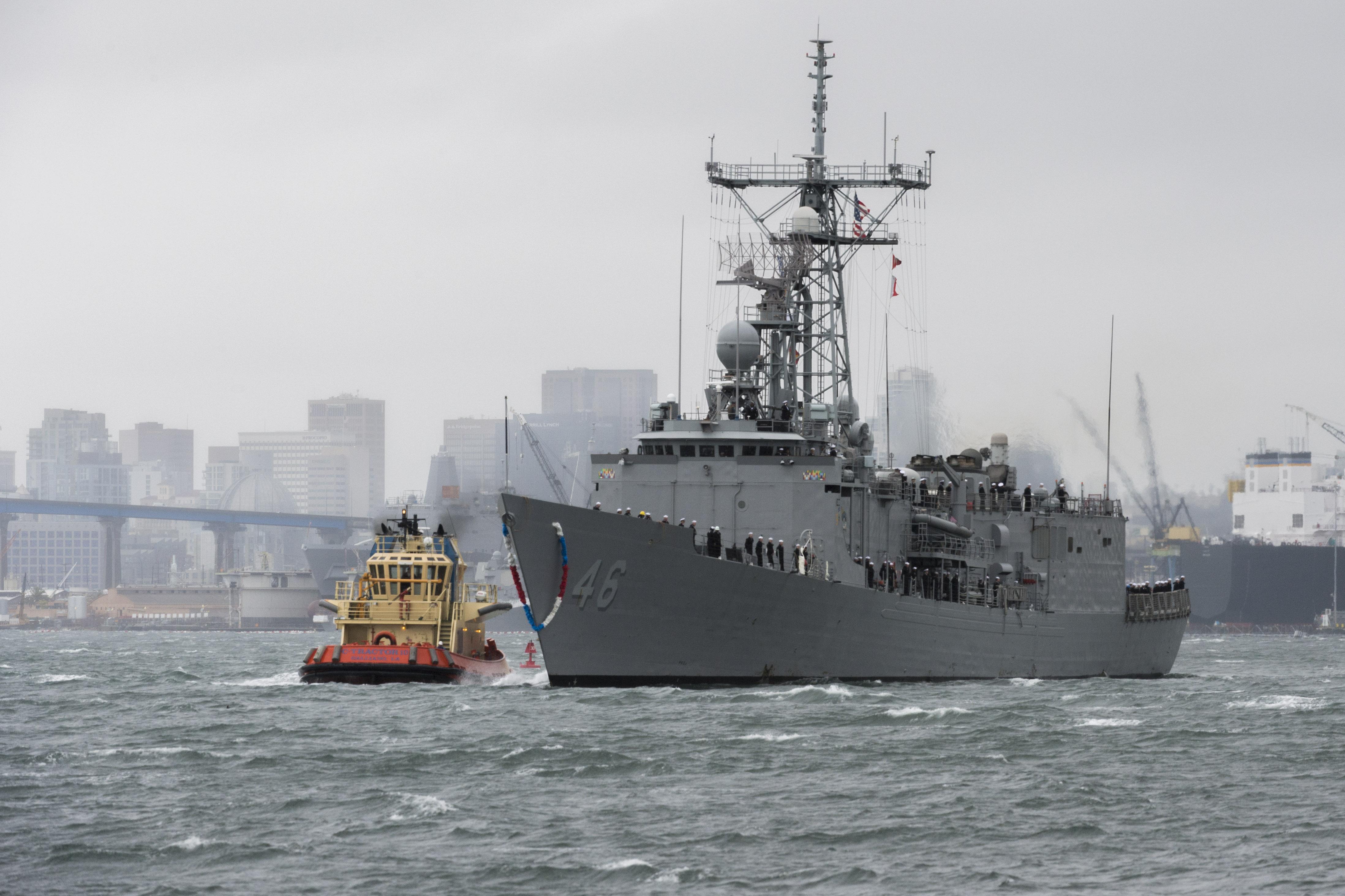 USS RENTZ FFG-46 Einlaufen San Diego 28.02.2014 Bild: U.S. Navy
