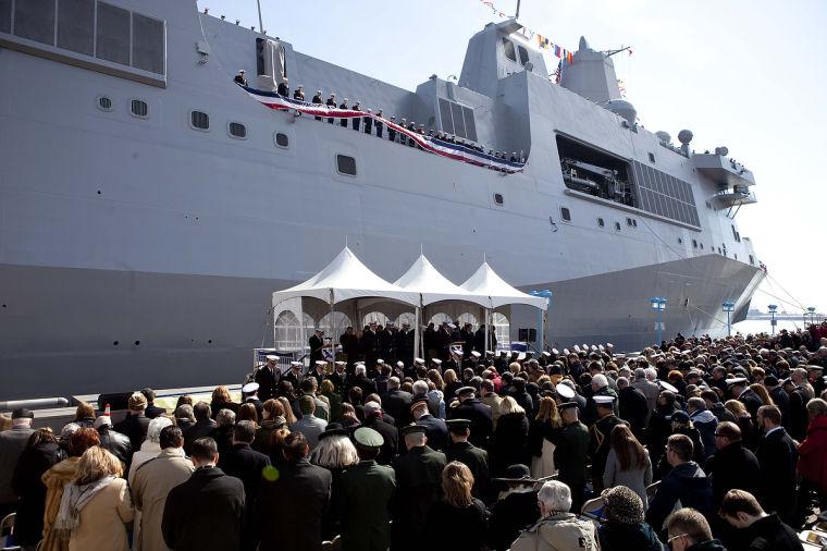 USS SOMERSET LPD-25 Indienststellung Bild: U.S. Navy