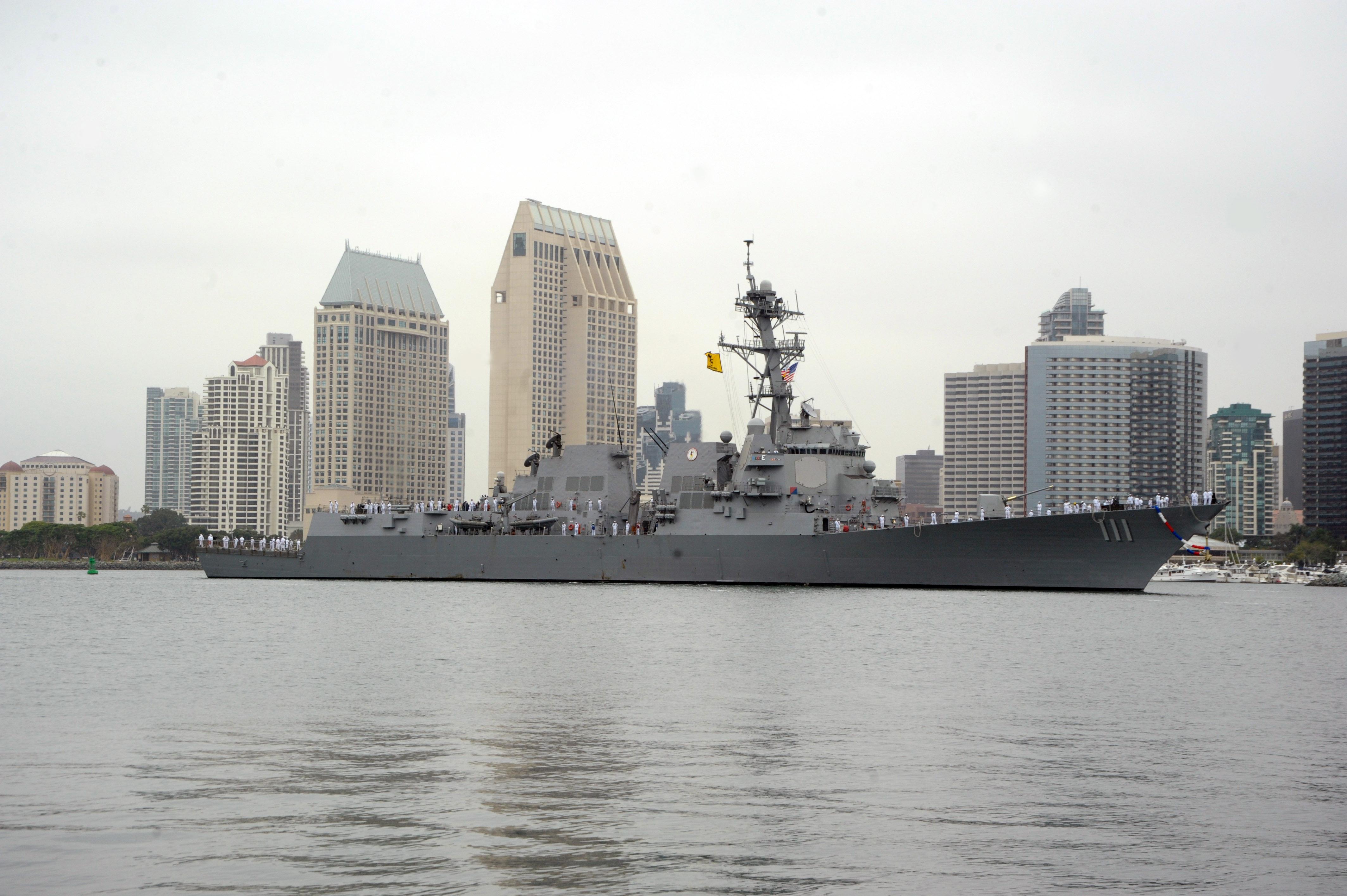 USS SPRUANCE DDG-111 Einlaufen San Diego am 17.04.2014 Bild: U.S. Navy