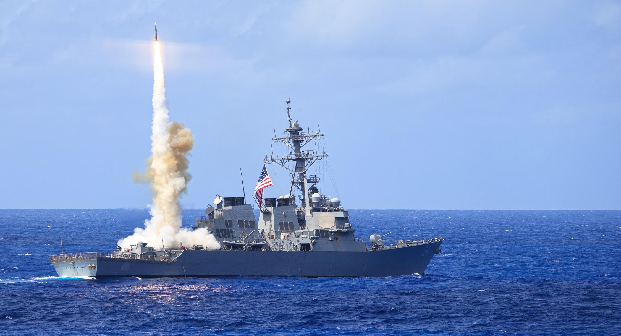 USS CURTIS WILBUR DDG-54 Raketen-Testabschuss am 22.03.2014 Bild: U.S. Navy