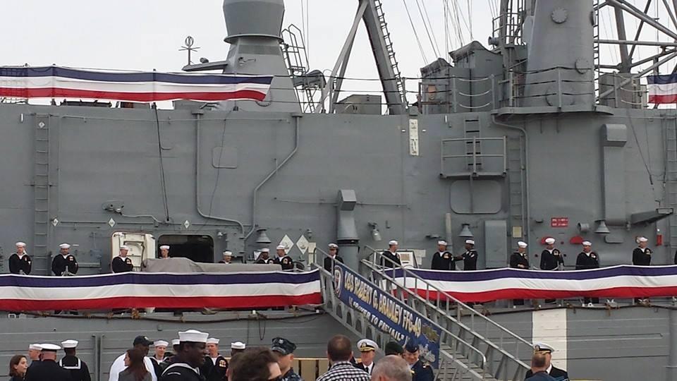USS ROBERT G. BRADLEY FFG-49 Außerdienststellung Bild: U.S. Navy