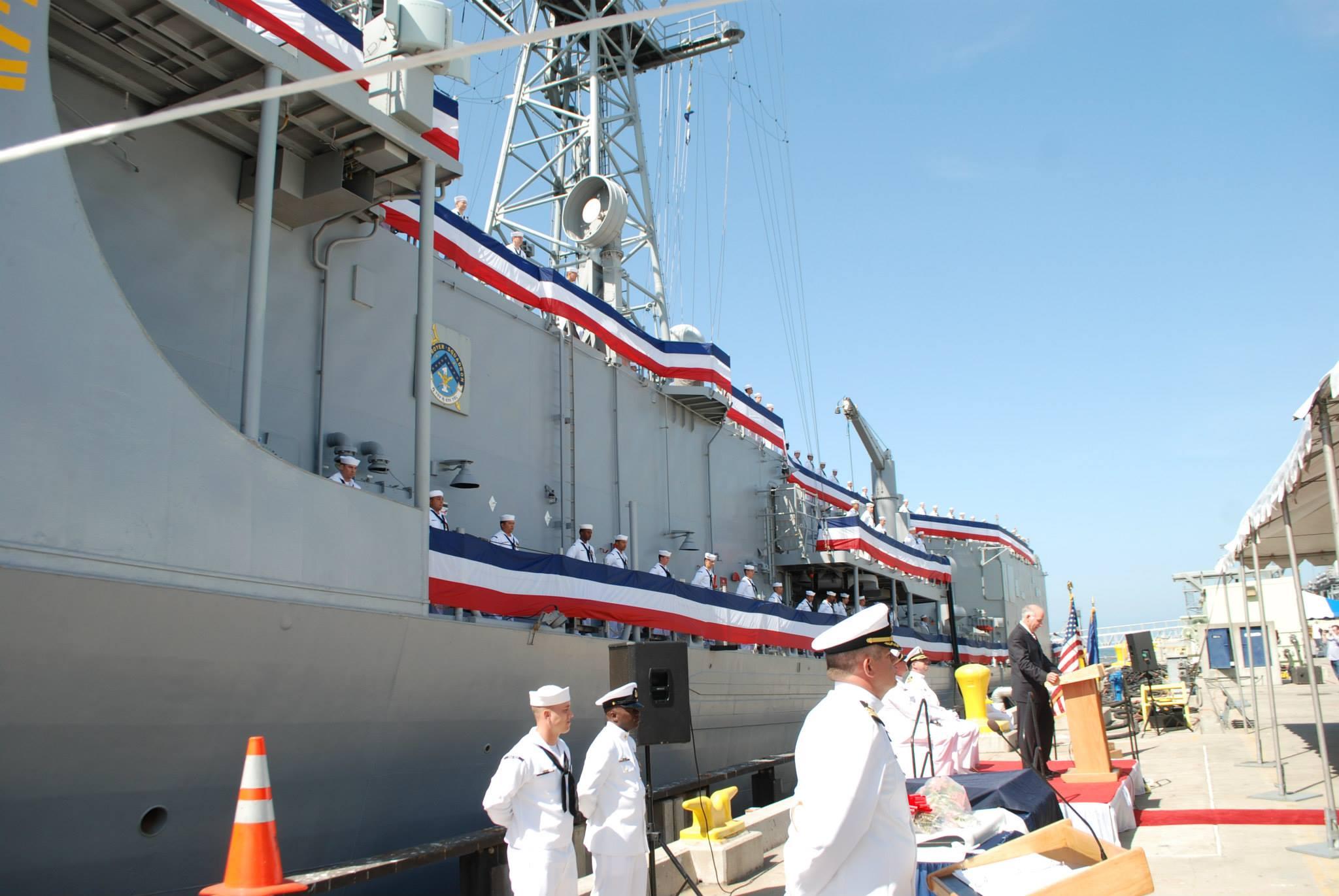 USS RENTZ FFG-46 Decommissioning Ceremony Bild: U.S. Navy