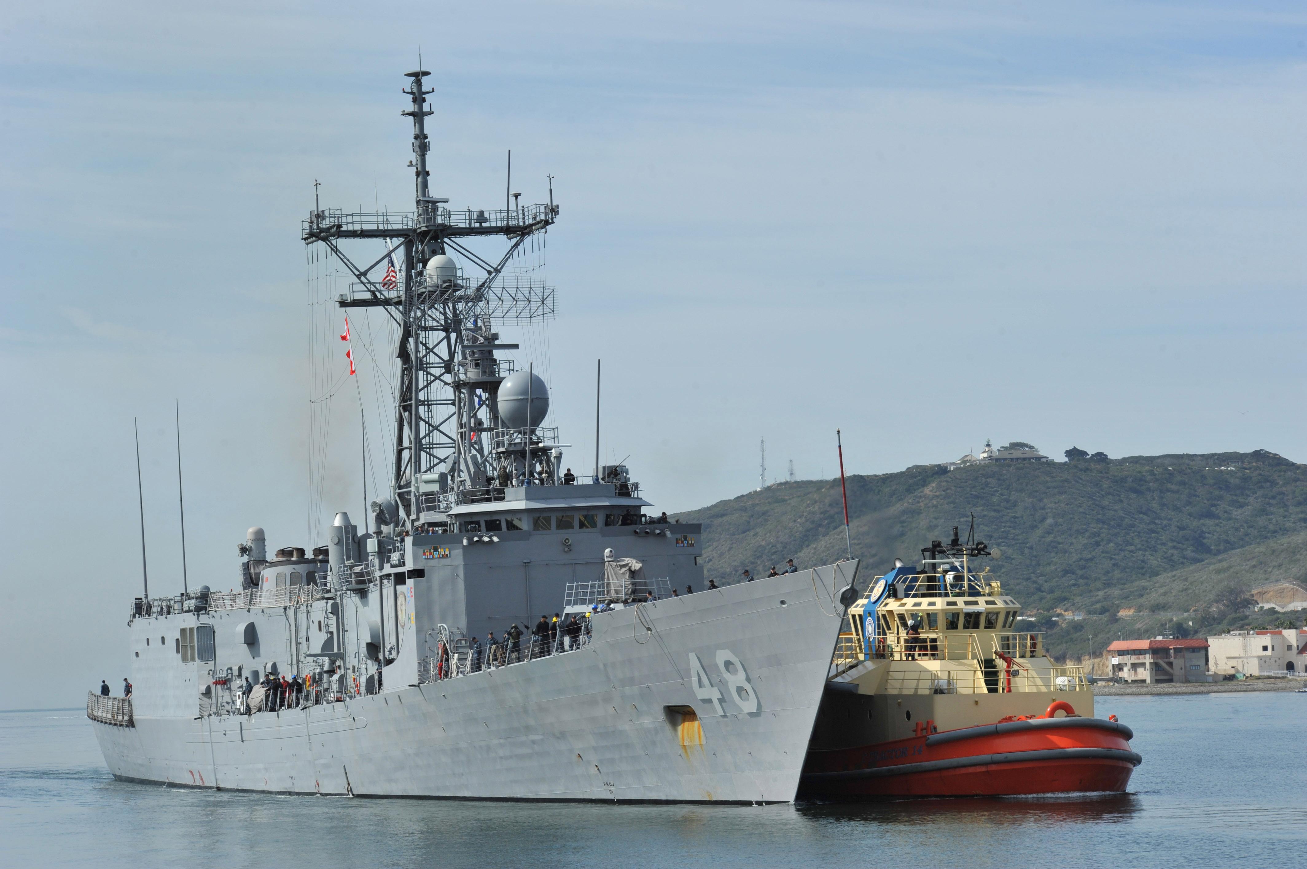USS VANDEGRIFT FFG-48 Auslaufen San Diego am 09.05.2014 Bild: U.S. Navy