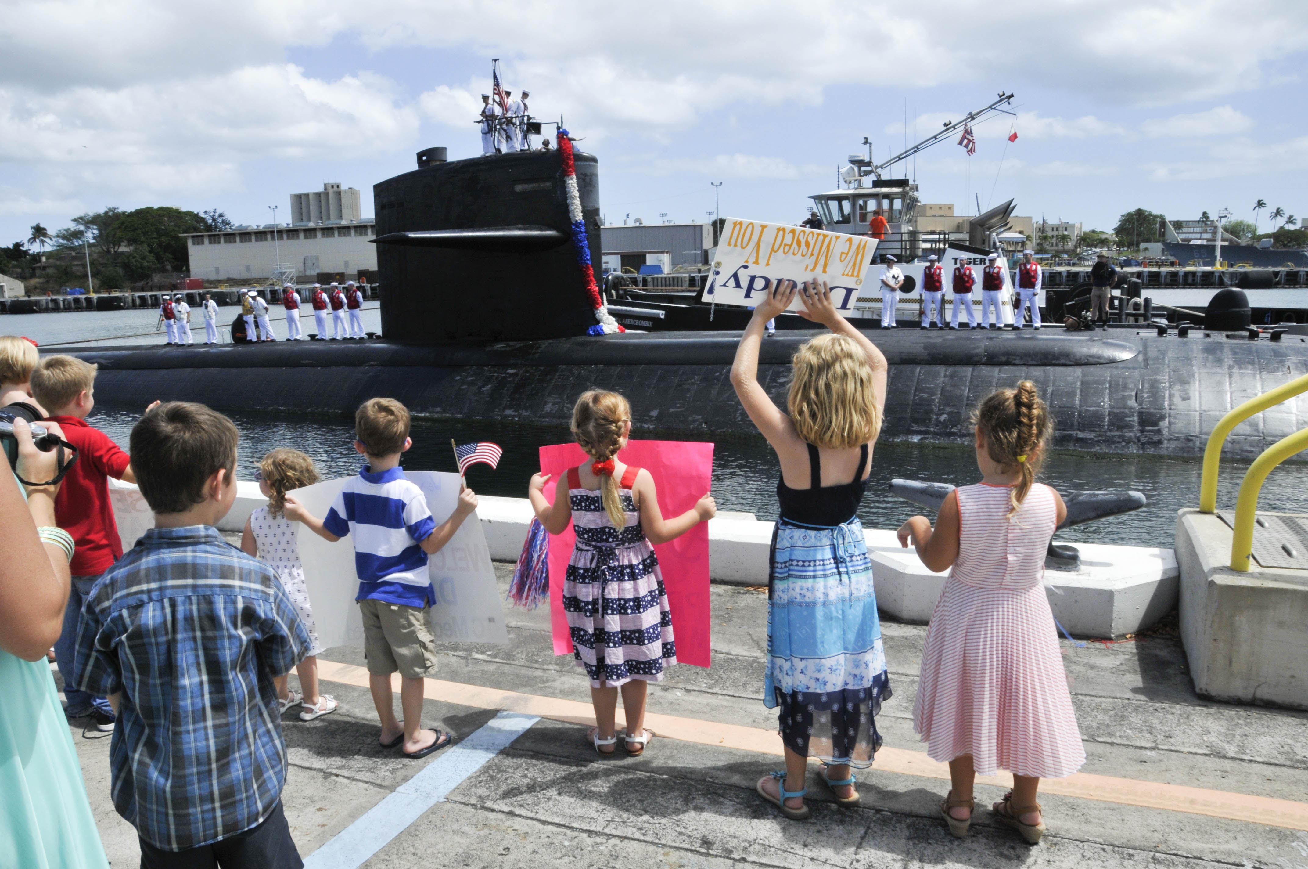 USS CITY OF CORPUS CHRISTI SSN-705 Einlaufen Pearl Harbor am 06.05.2014 Bild: U.S. Navy