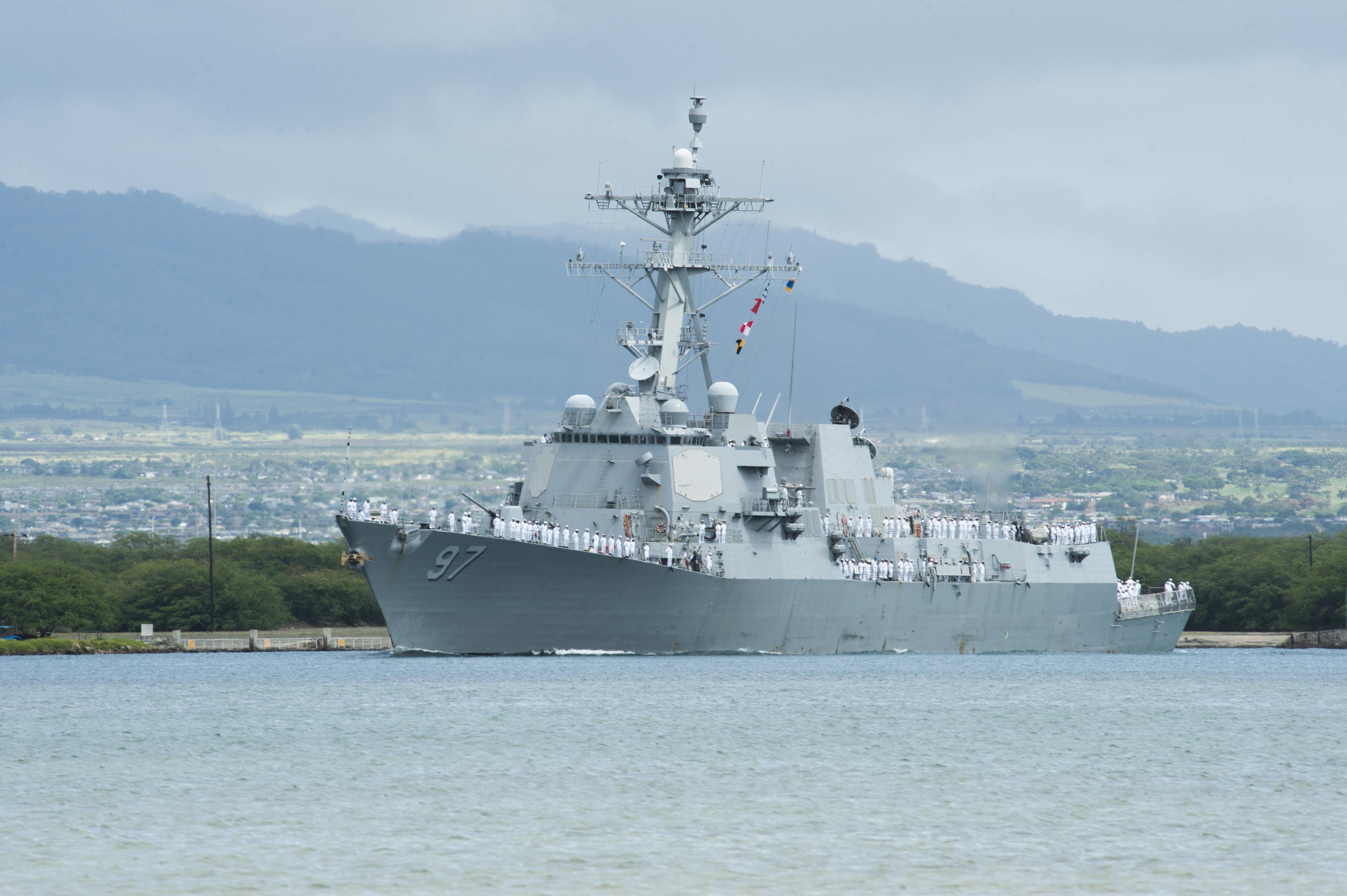 USS HALSEY DDG-97 Auslaufen Pearl Harbor am 07.07.2014 Bild: U.S. Navy