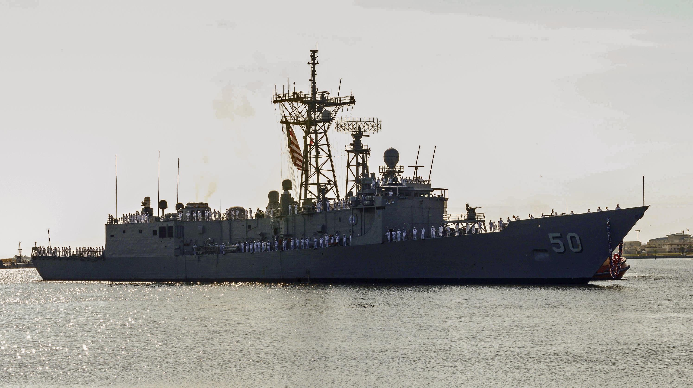 USS TAYLOR FFG-50 Einlaufen Mayport am 09.08.2014 Bild: U. S. Navy