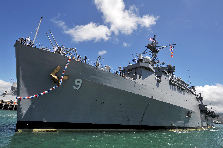 USS DENVER LPD-9 Einlaufen Pearl Harbor am 07.08.2014 Bild: U.S. Navy