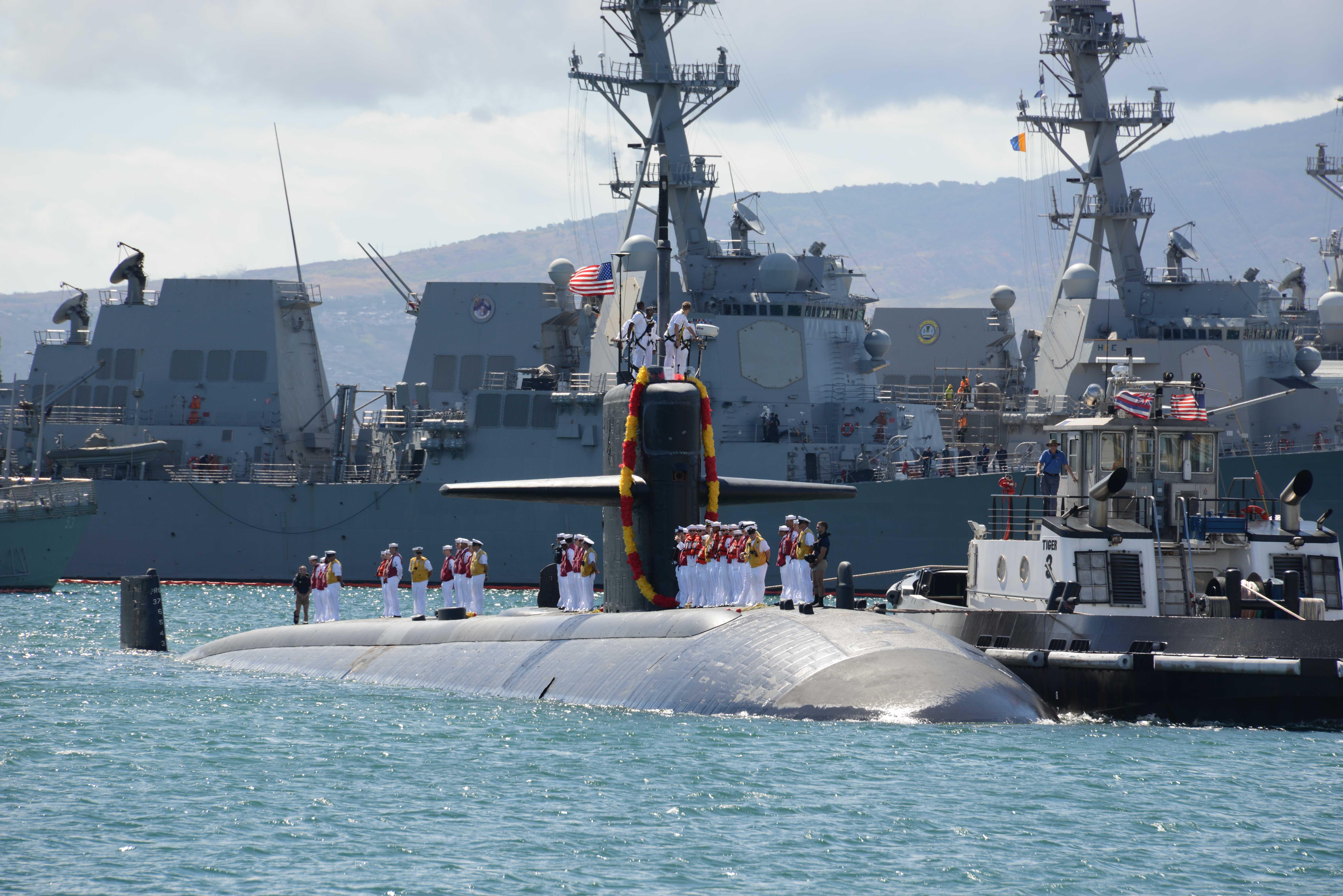 USS LA JOLLA SSN-701 Einlaufen Pearl Harbor am 03.09.2014 Bild: U.S. Navy