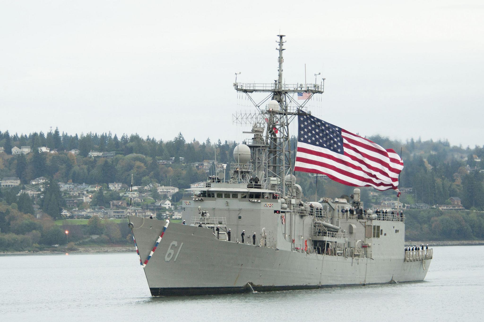USS INGRAHAM FFG-61 Einlaufen Everett am 30.10.2014 Bild: U.S. Navy