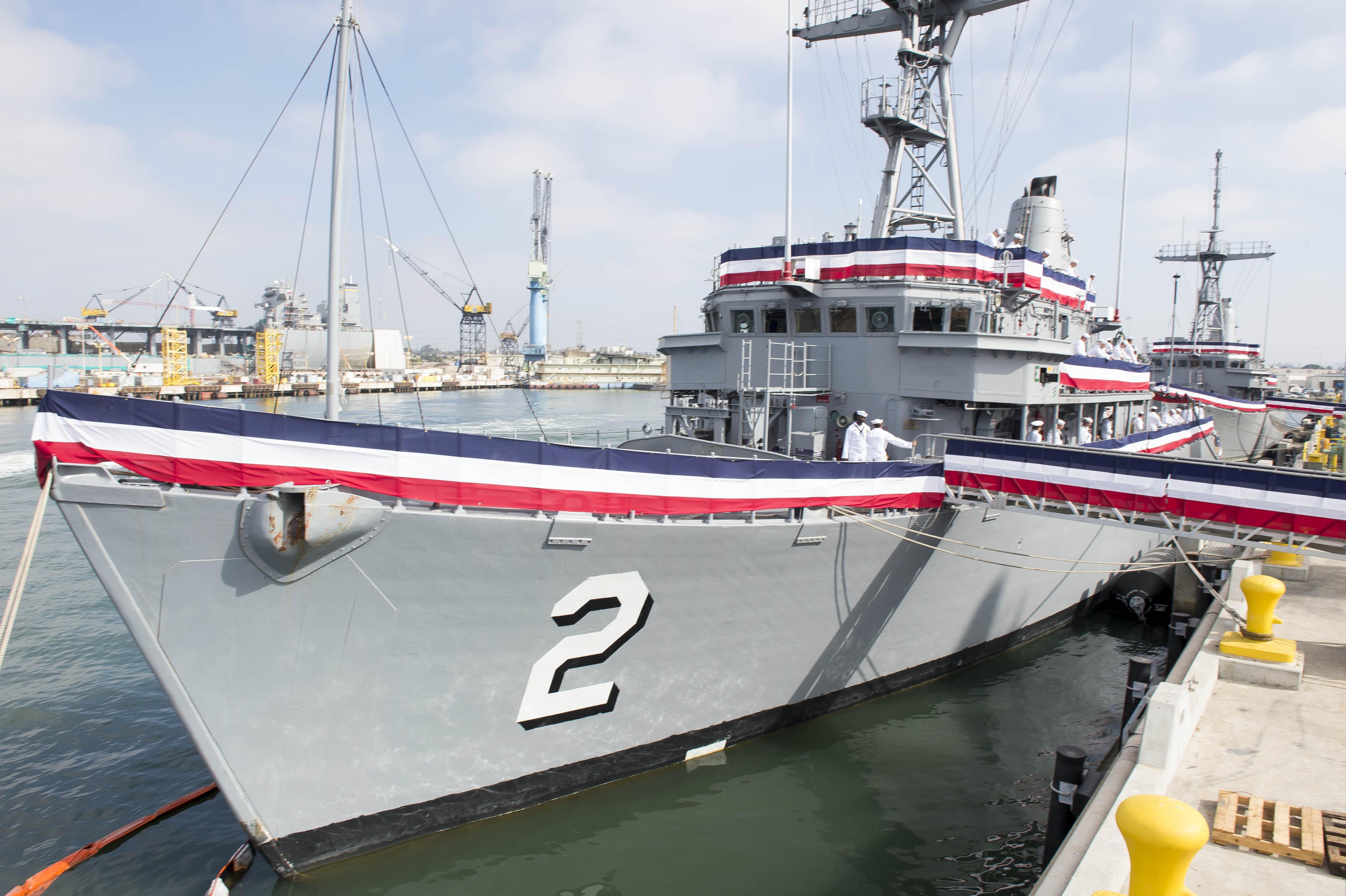 USS DEFENDER MCM-2 Außerdienststellung am 01.10.2014 Bild: U.S. Navy