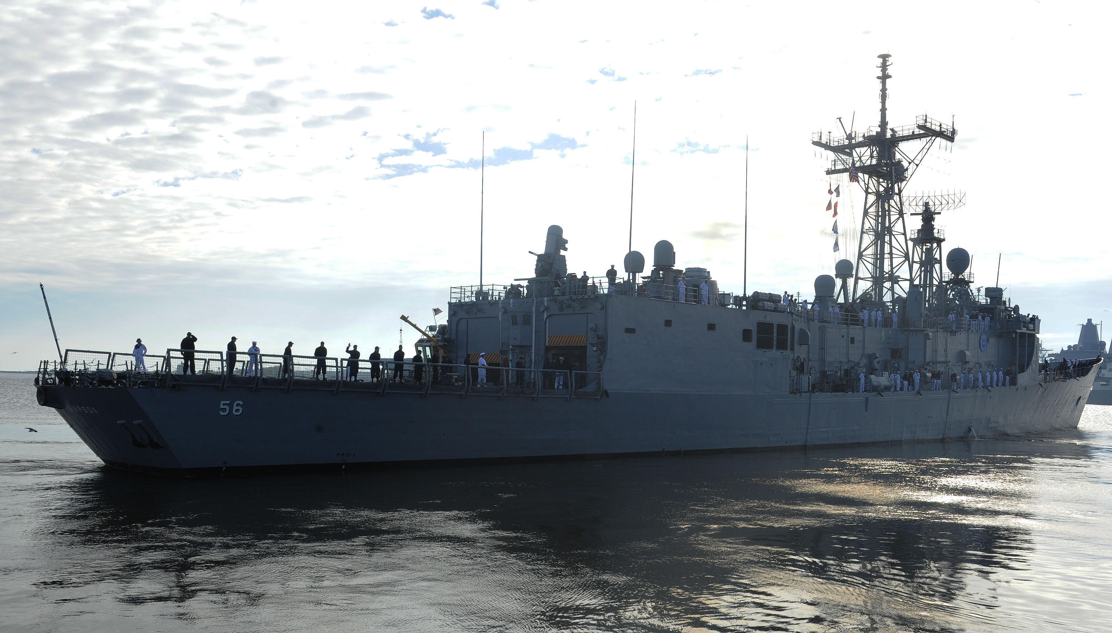 USS SIMPSON FFG-56 Auslaufen Mayport am 13.11.2014 Bild: U.S. Navy