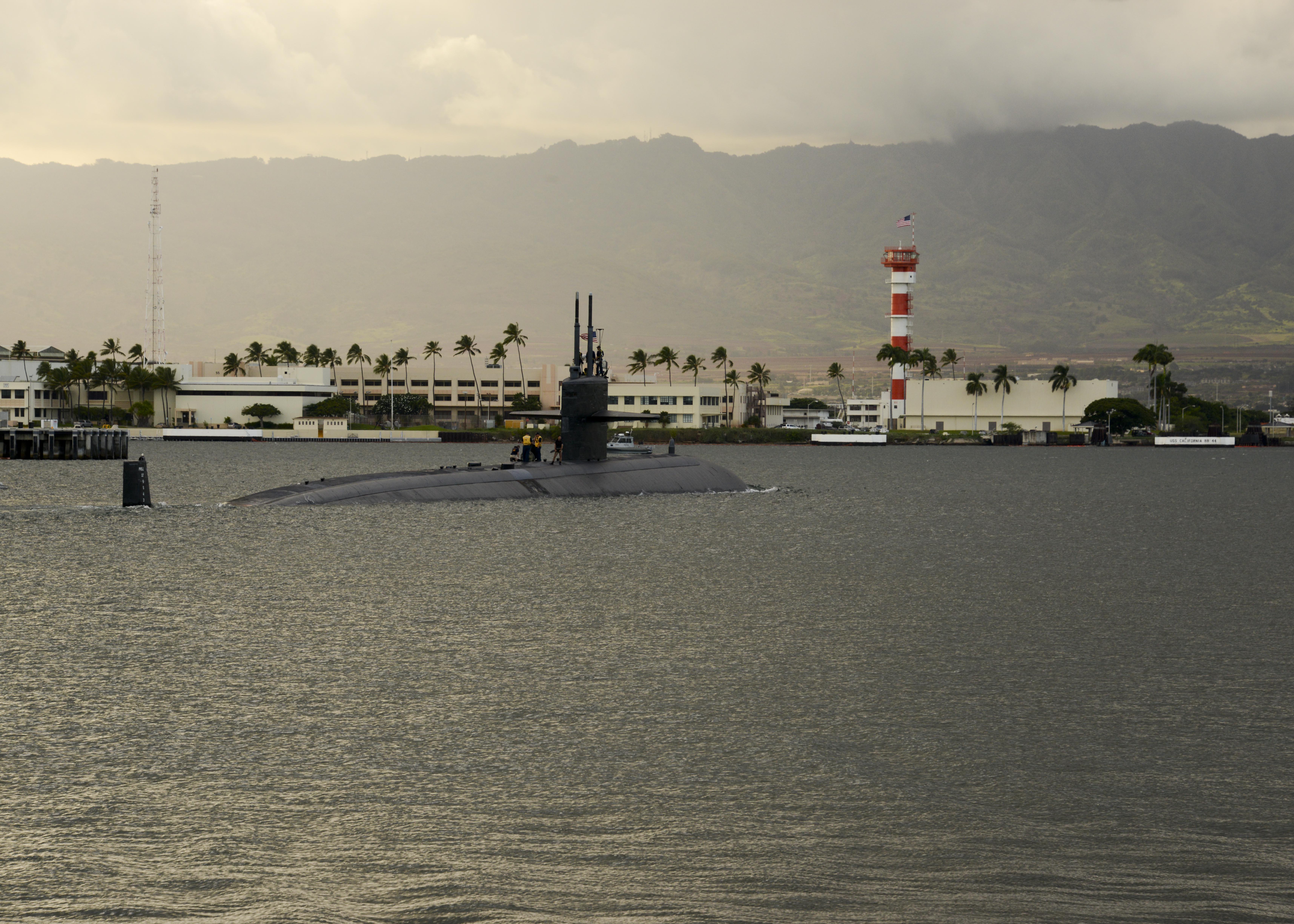 USS LA JOLLA SSN-701 Auslaufen Pearl Harbor am 15.10.2014 Bild: U.S. Navy