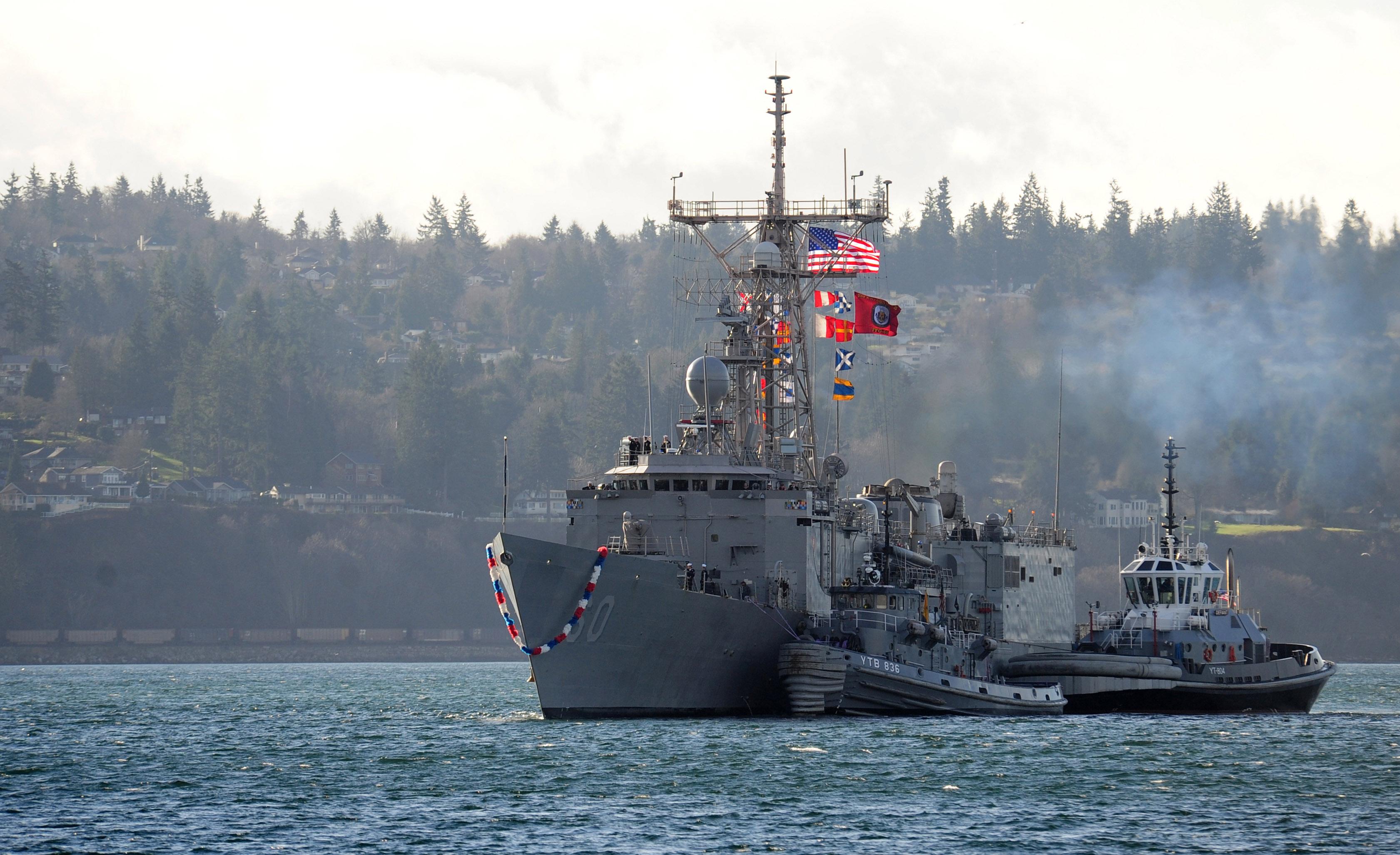 USS RODNEY M. DAVIS FFG-60 Einlaufen Everett am 19.12.2014 Bild: U.S. Navy