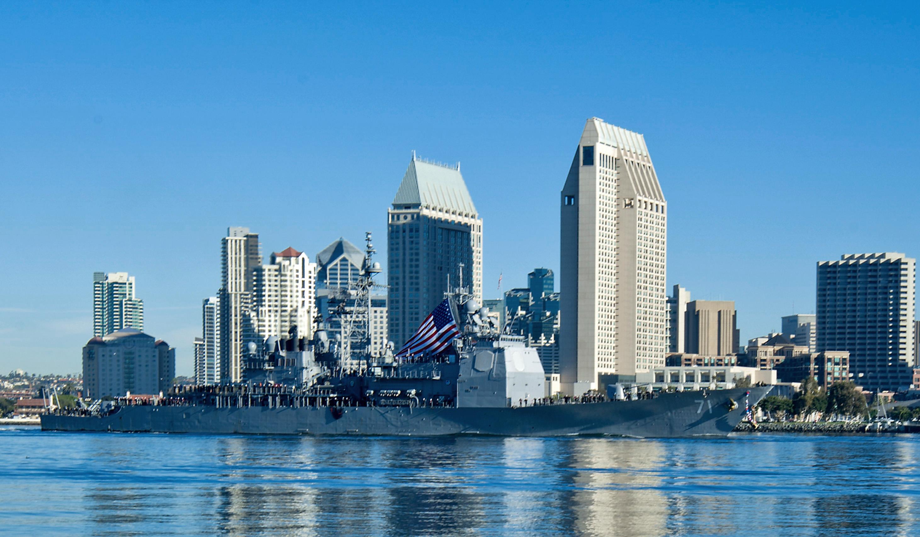 USS CAPE ST. GEORGE CG-71 Einlaufen San Diego am 16.01.2015 Bild: U.S. Navy