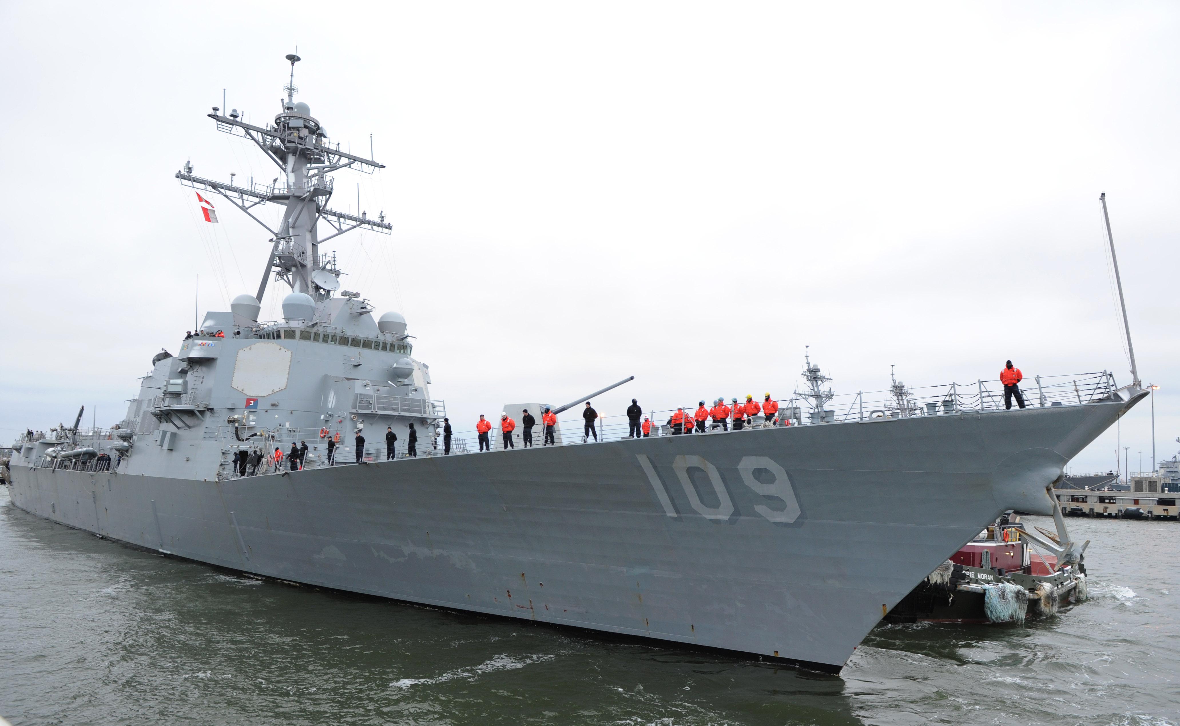 USS JASON DUNHAM DDG-109 Auslaufen Norfolk am 27.01.2015 Bild: U.S. Navy