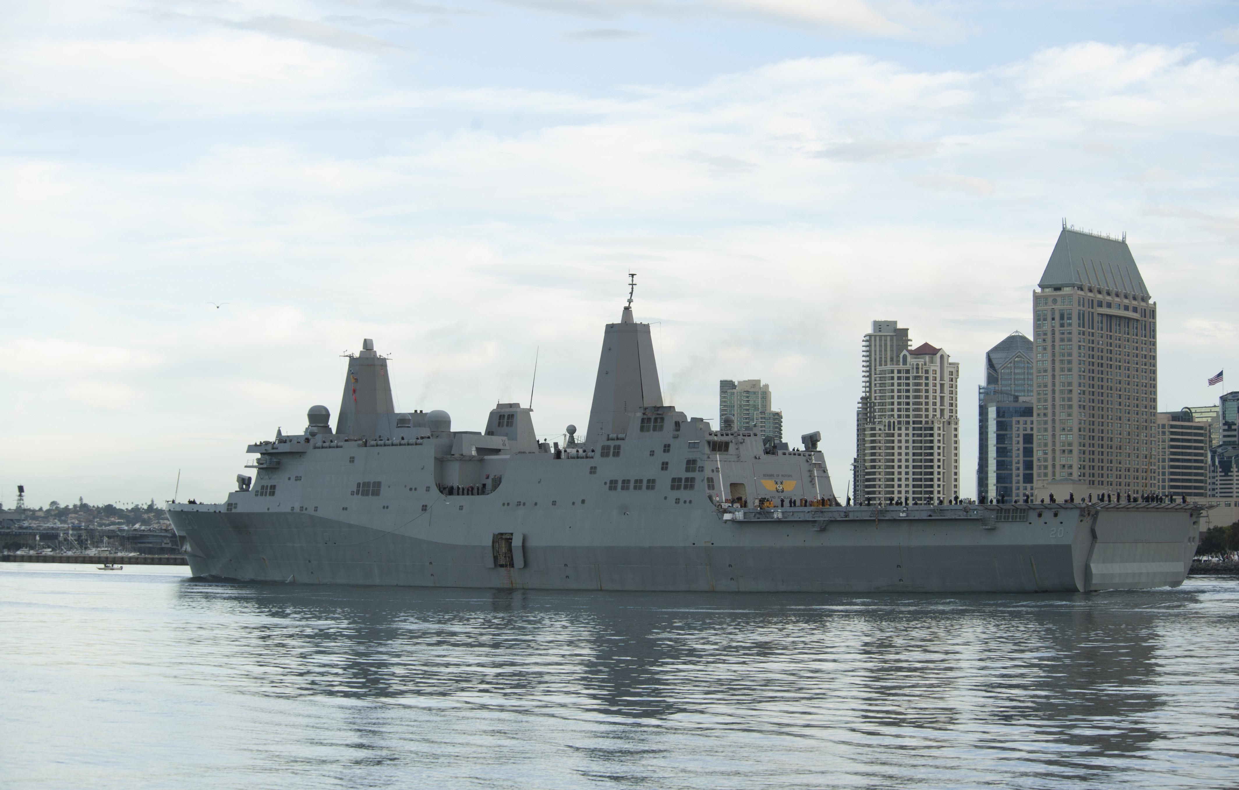 USS GREEN BAY LPD-20 Auslaufen San Diego am 26.01.2015 Bild: U.S. Navy