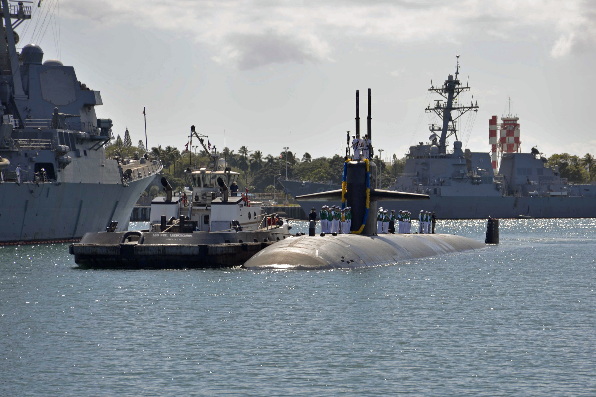 USS LOUISVILLE SSN-724 Einlaufen Pearl Harbor am 10.04.2015 Bild: U.S. Navy