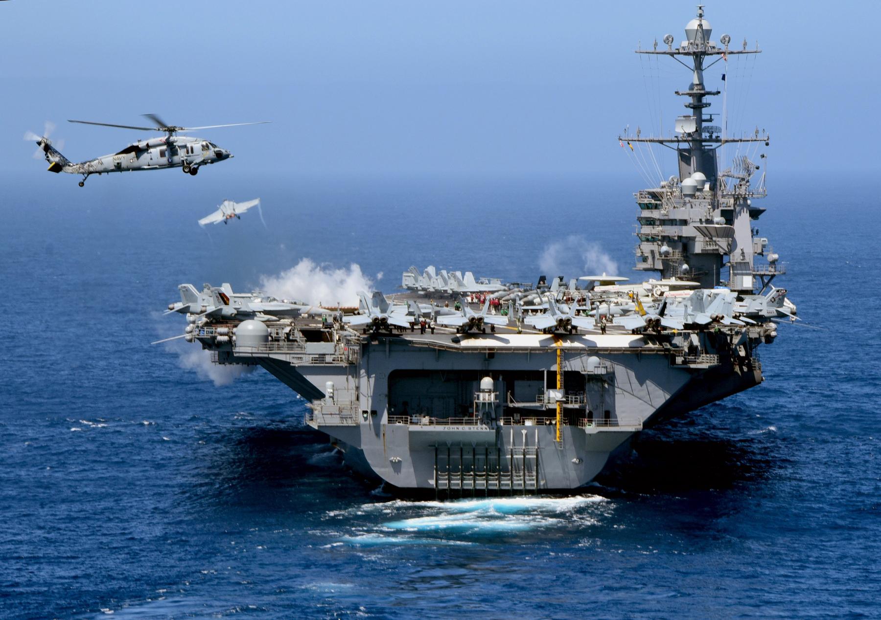 USS JOHN C. STENNIS CVN-74 am 01.05.2015 im Pazifik Bild: U.S. Navy