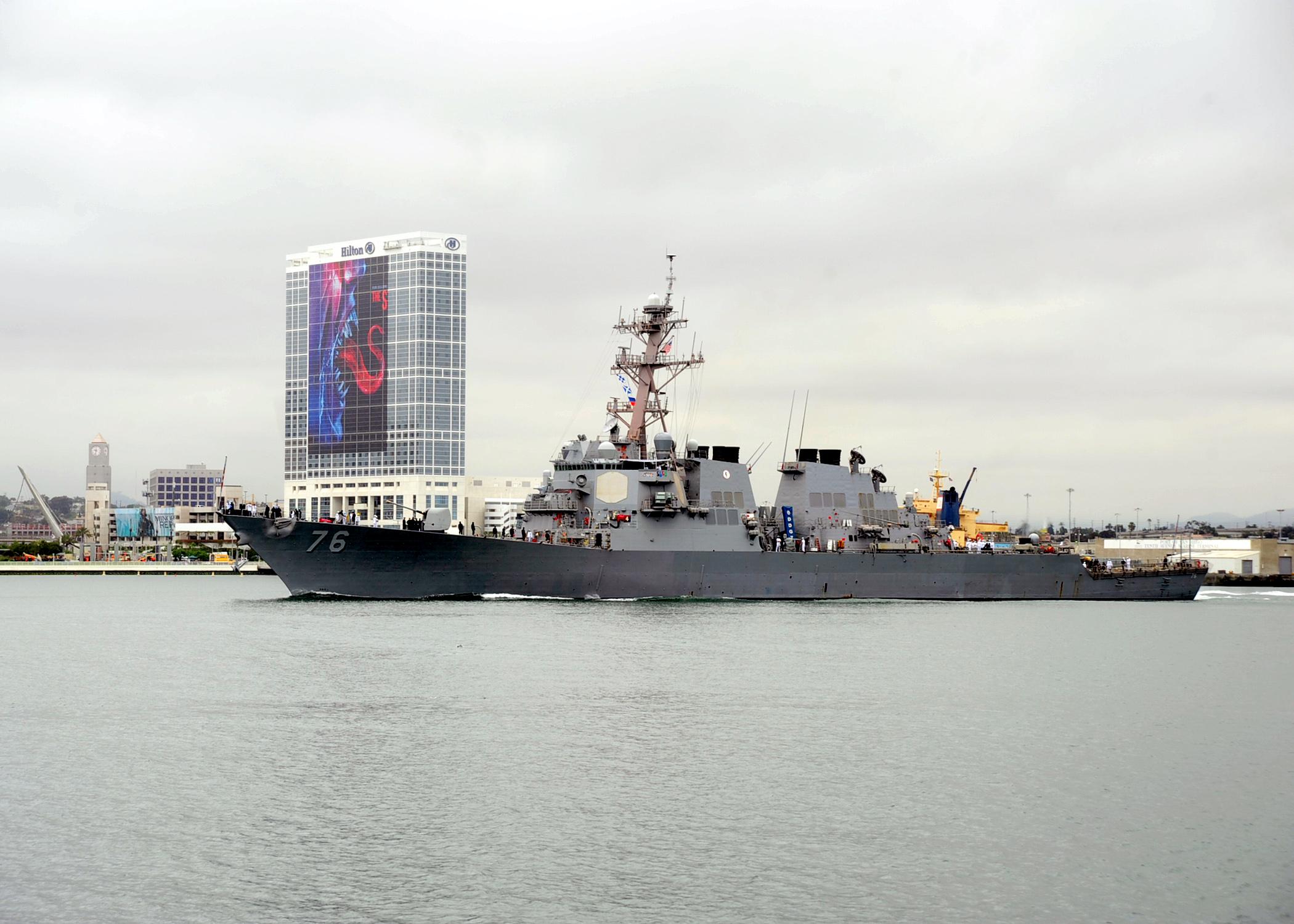 USS HIGGINS DDG-76 Auslaufen San Diego am 06.07.2015 Bild: U.S. Navy