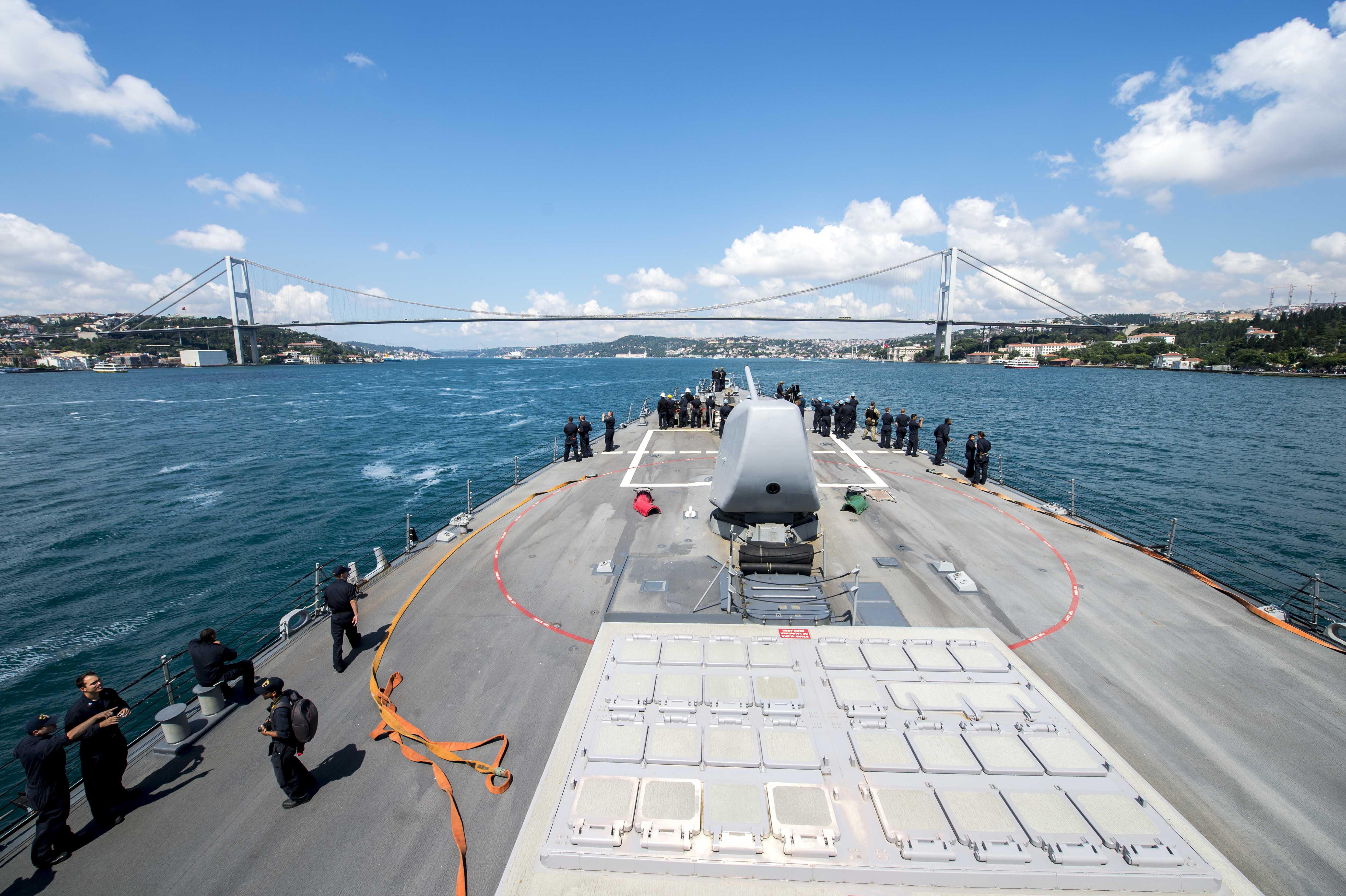 USS PORTER DDG-78 Bosporus Transit am 05.07.2015 Bild: U.S. Navy