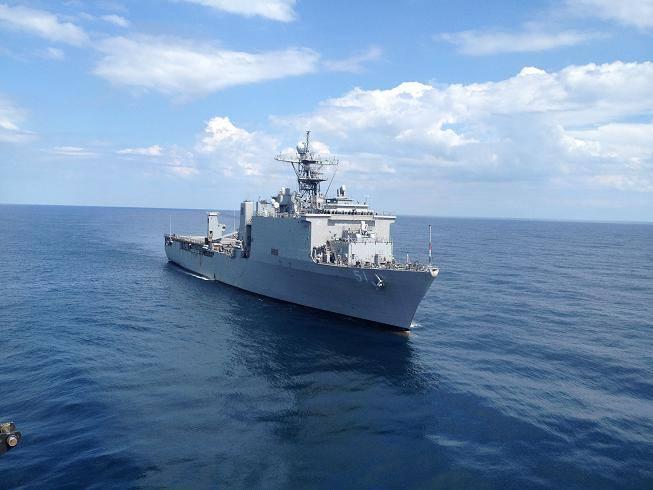 USS OAK HILL LSD-51 im Juli 2015 bei COMPTUEX Bild USS OAK HILL Facebook page