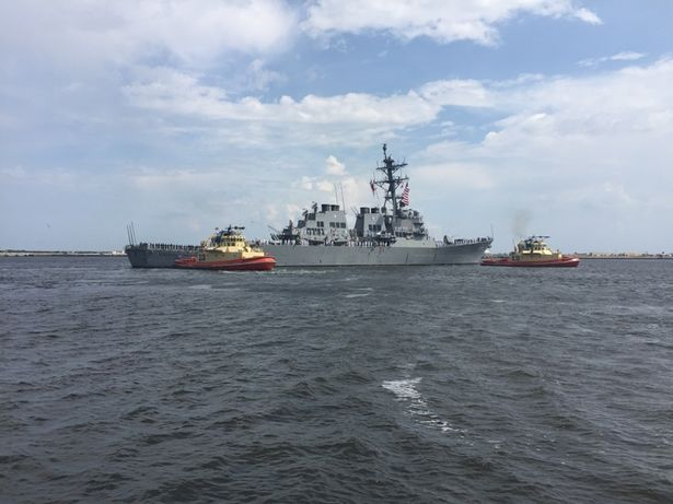 USS CARNEY DDG-64 Auslaufen Mayport am 06.09.2015 Bild: U.S. Navy