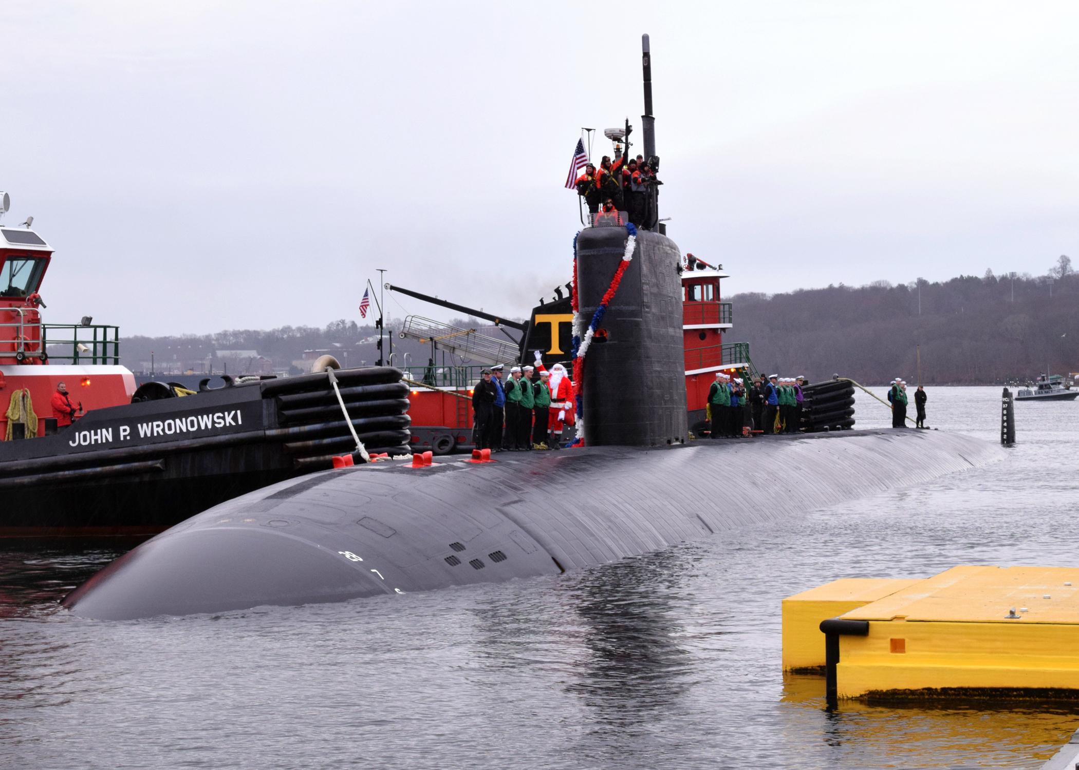 USS HARTFORD SSN-768 Einlaufen Groton am 18.12.2015 Bild: U.S. Navy