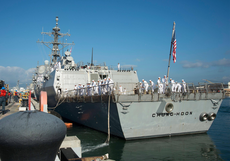 USS CHUNG-HOON DDG-93 Auslaufen Pearl Harbor am 27.01.2016 Bild: U.S. Navy